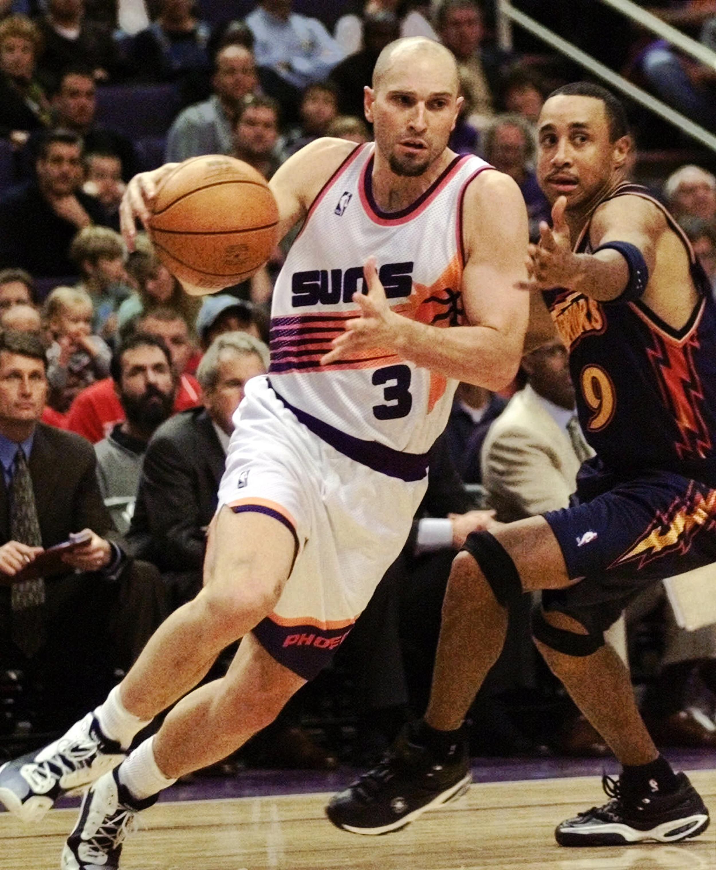 Former Suns Player Rex Chapman Accused of $14 000 Apple Store