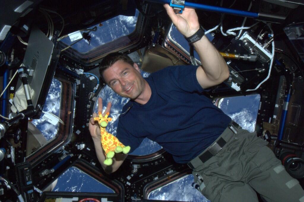 Life in Space Through the Lens of NASA Astronaut Reid Wiseman - NBC News