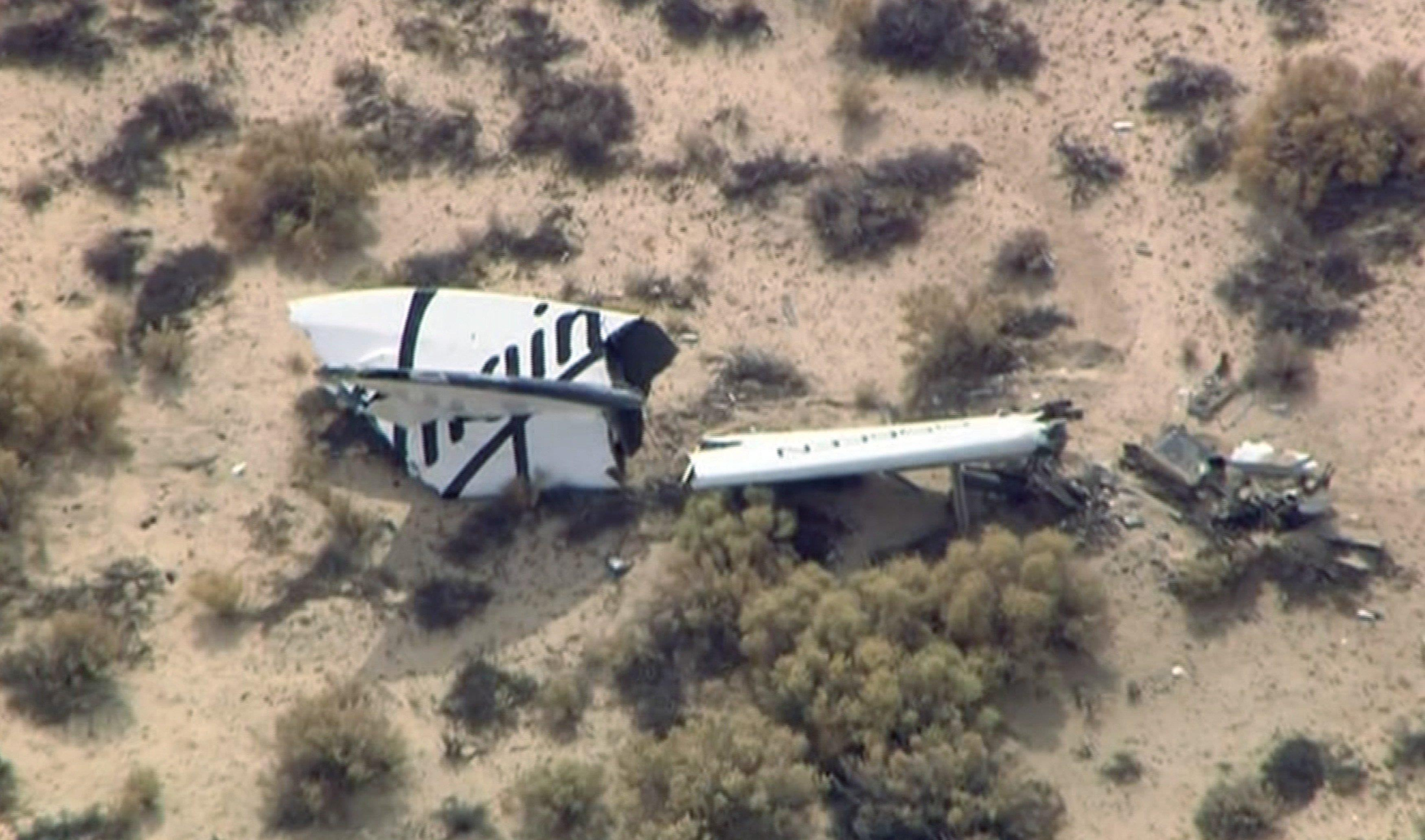Virgin Galactic's SpaceShipTwo Crashes: 1 Dead, 1 Injured ...
