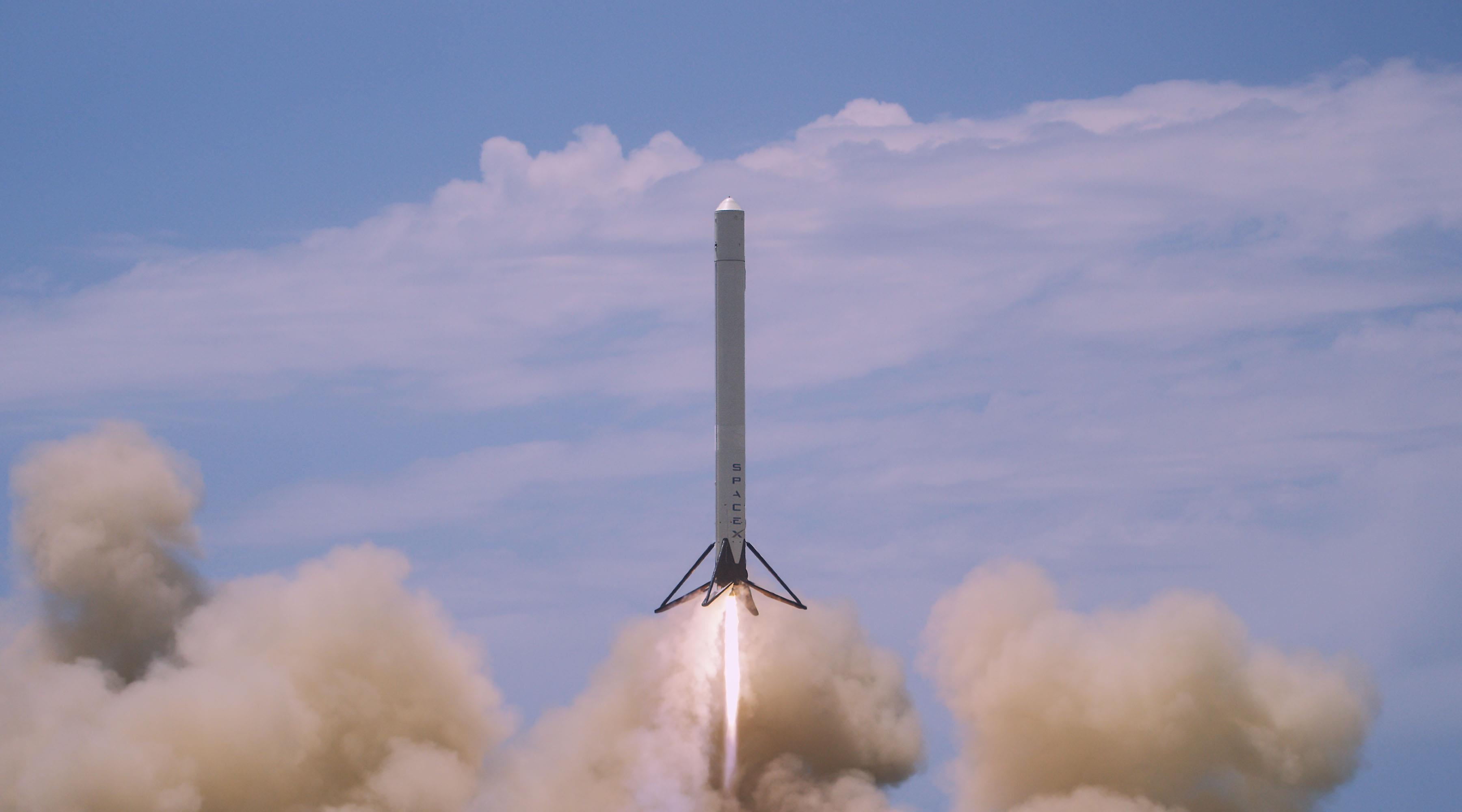 first spacex rocket - photo #21