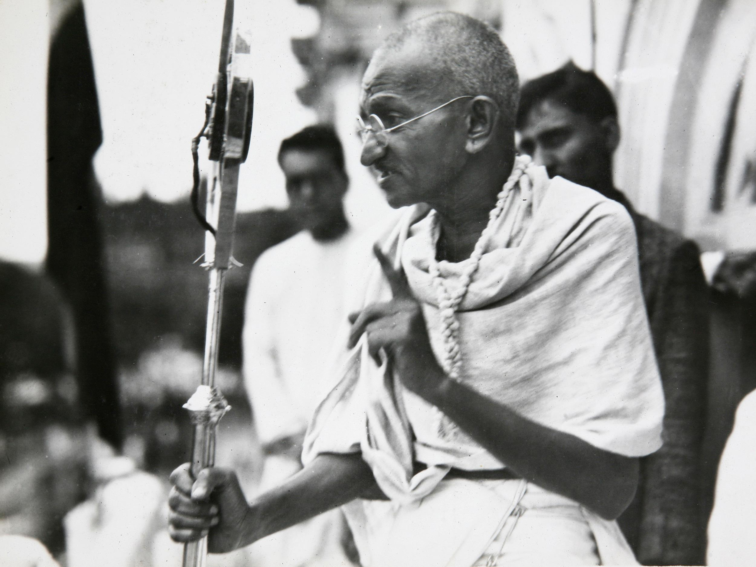 an introduction to the life of mohandas gandhi Online writings - books, compilations, articles - on and by mahatma gandhi.