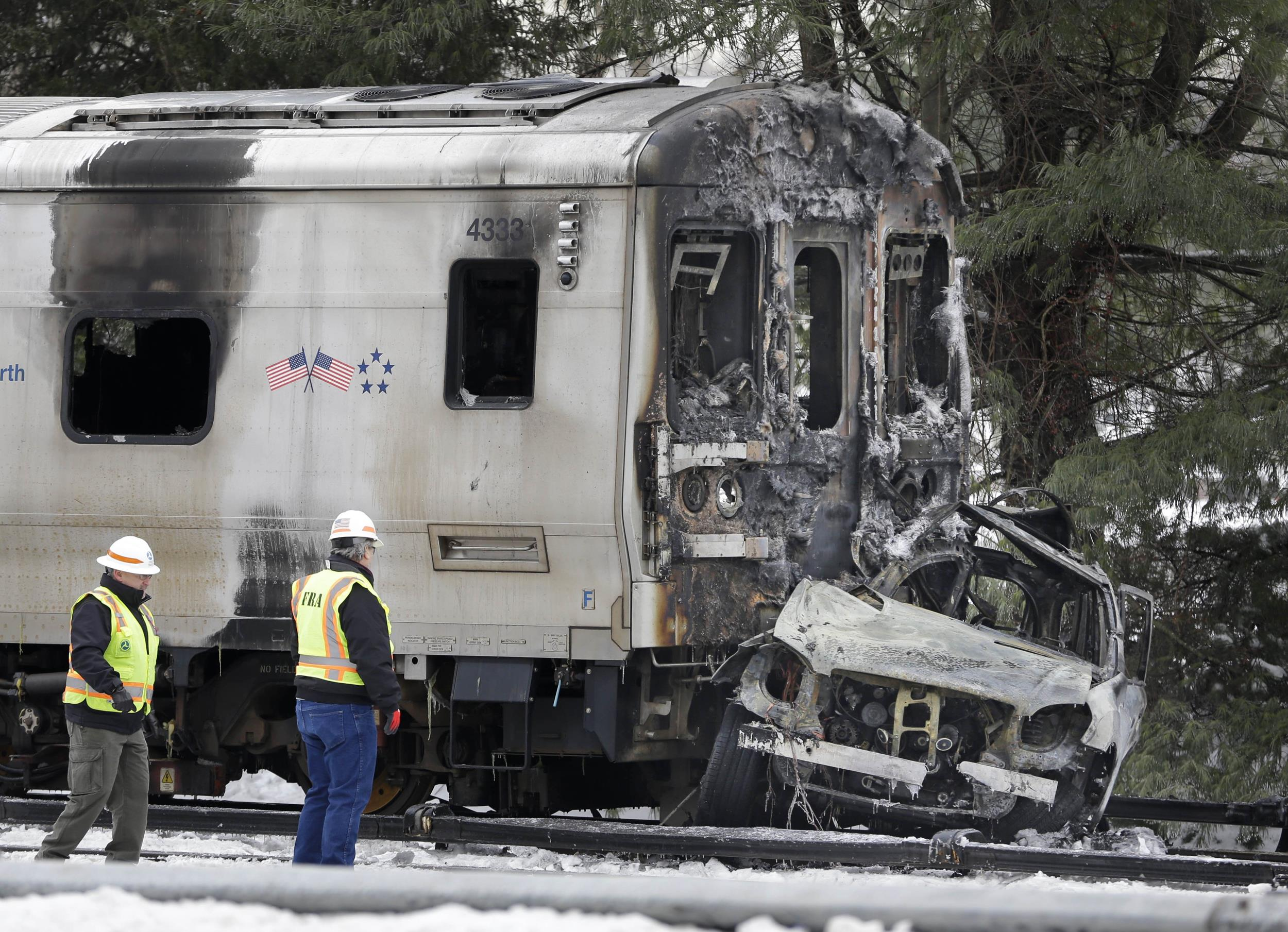 metronorth crash feds probe fiery collision of train and