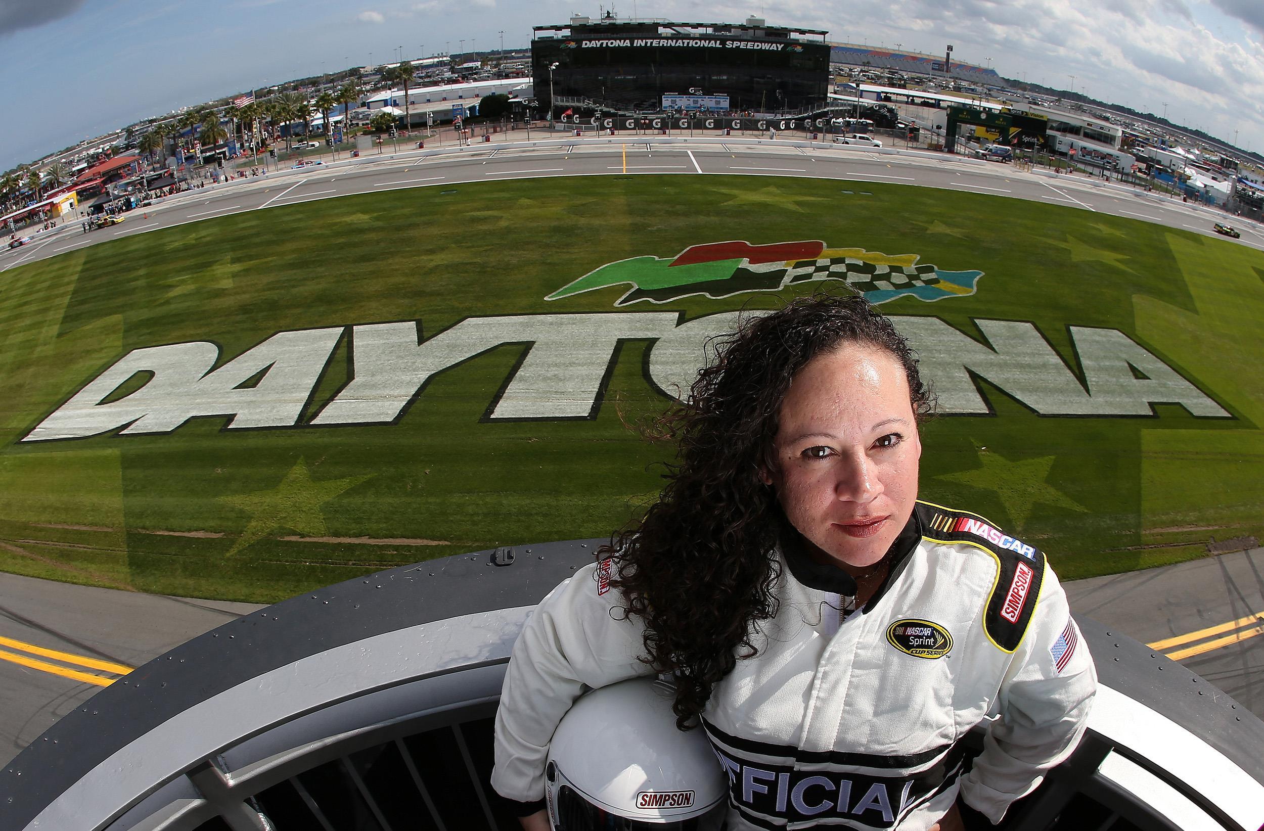 Daytona 500's First Woman Chief Starter Is Latina Kim ...