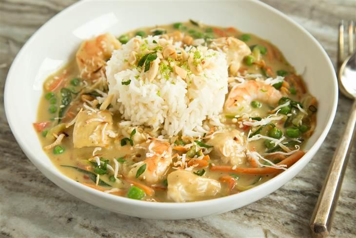 This make-ahead Bang-Bang Chicken and Shrimp recipe is so easy ...