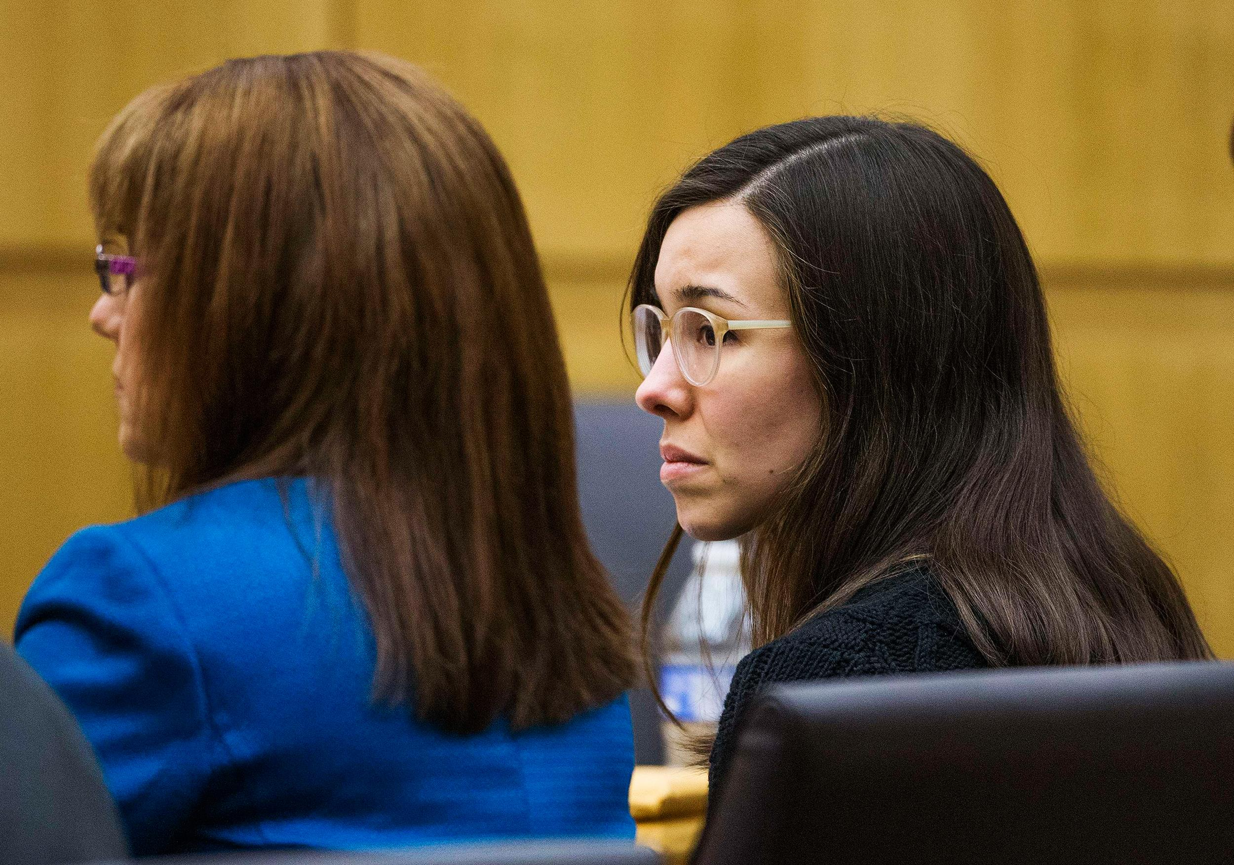 Image: Jodi Arias hears a hung jury verdict in the sentencing phase ...