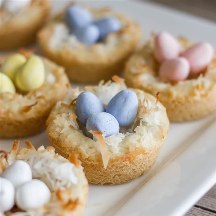 Easter Dessert Recipes: Easter Cupcakes, Healthy Carrot