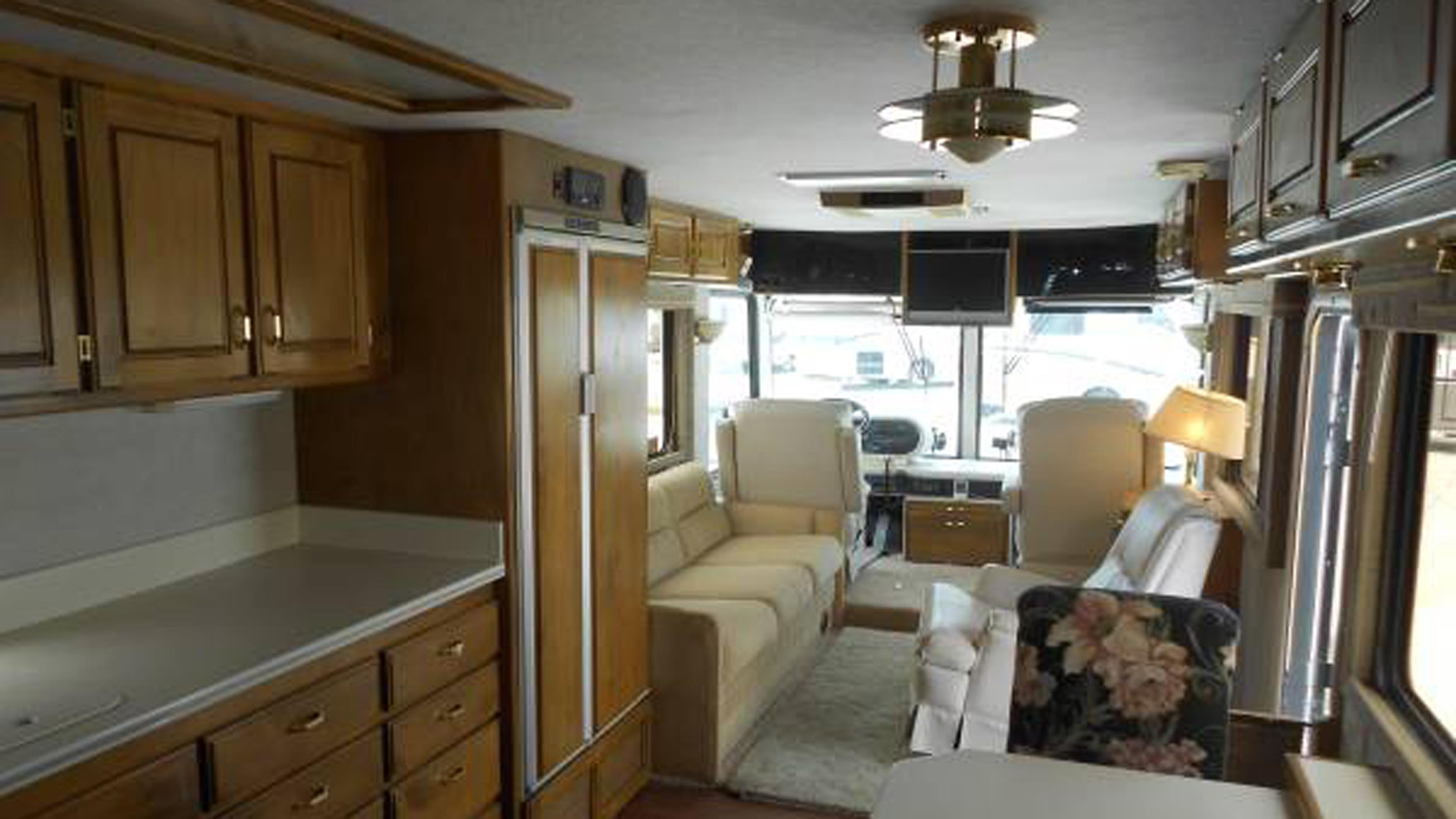 See What This Rv Looks Like After A Renovation