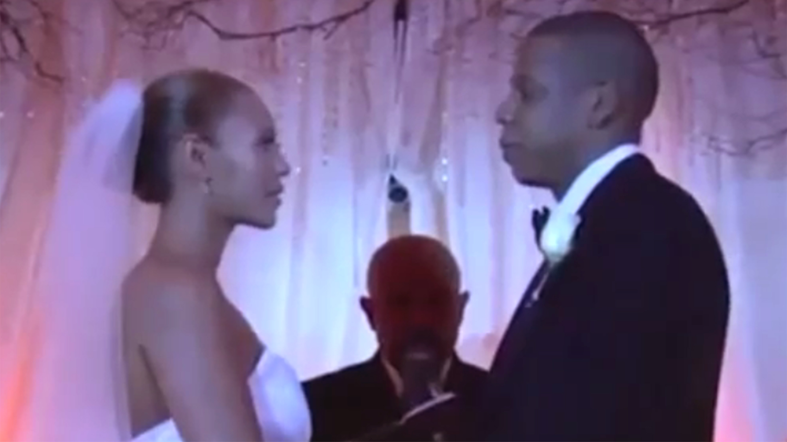 Jay Z shares rare look inside wedding to Beyoncé in ...