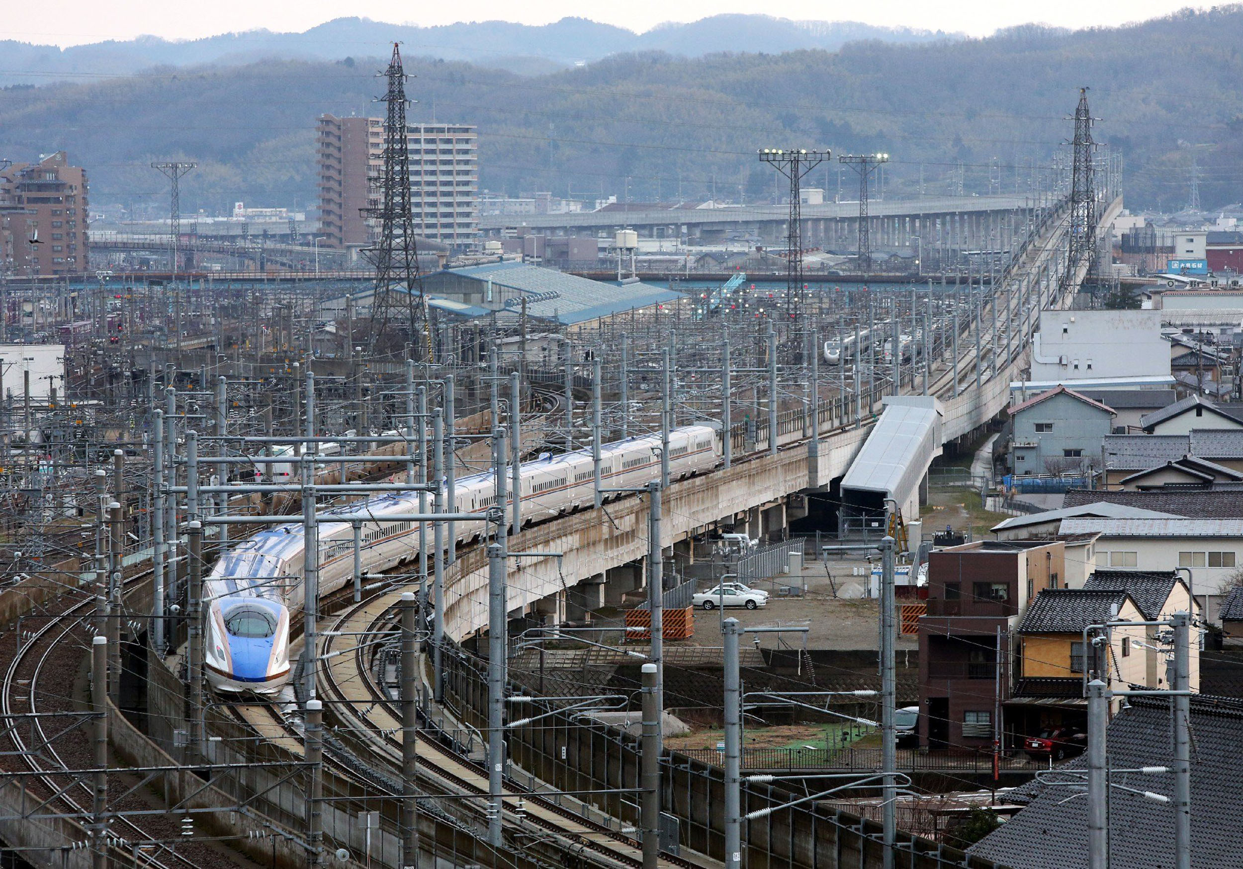 Japanese Maglev Bullet Train Breaks 12-Year Speed Record