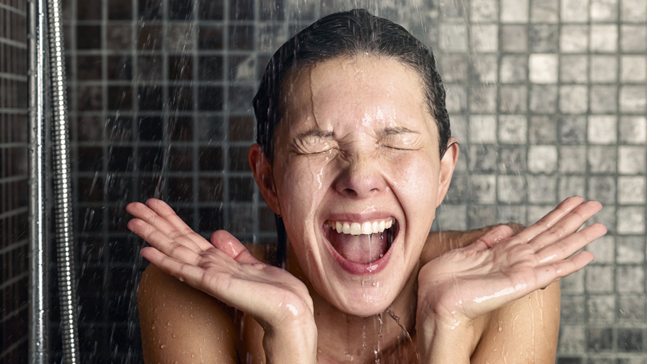 how to cool yourself when its hot beautyandtipswithwiki 5 surprising benefits of cold showers