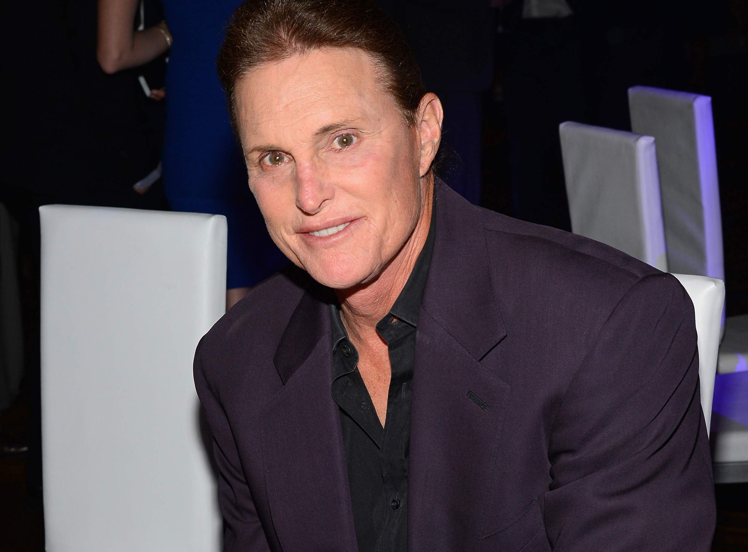 Bruce Jenner Comes Out as Transgender Woman: How Family ... Bruce Jenner