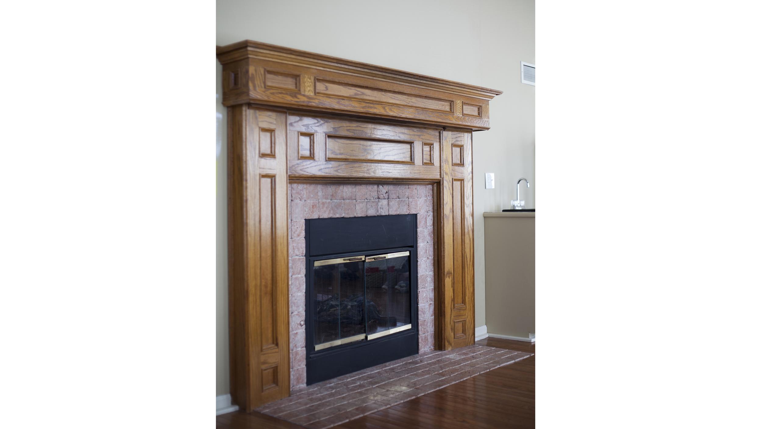 The Makerista Blogger Gwen Hefner Gives Fireplace A Diy