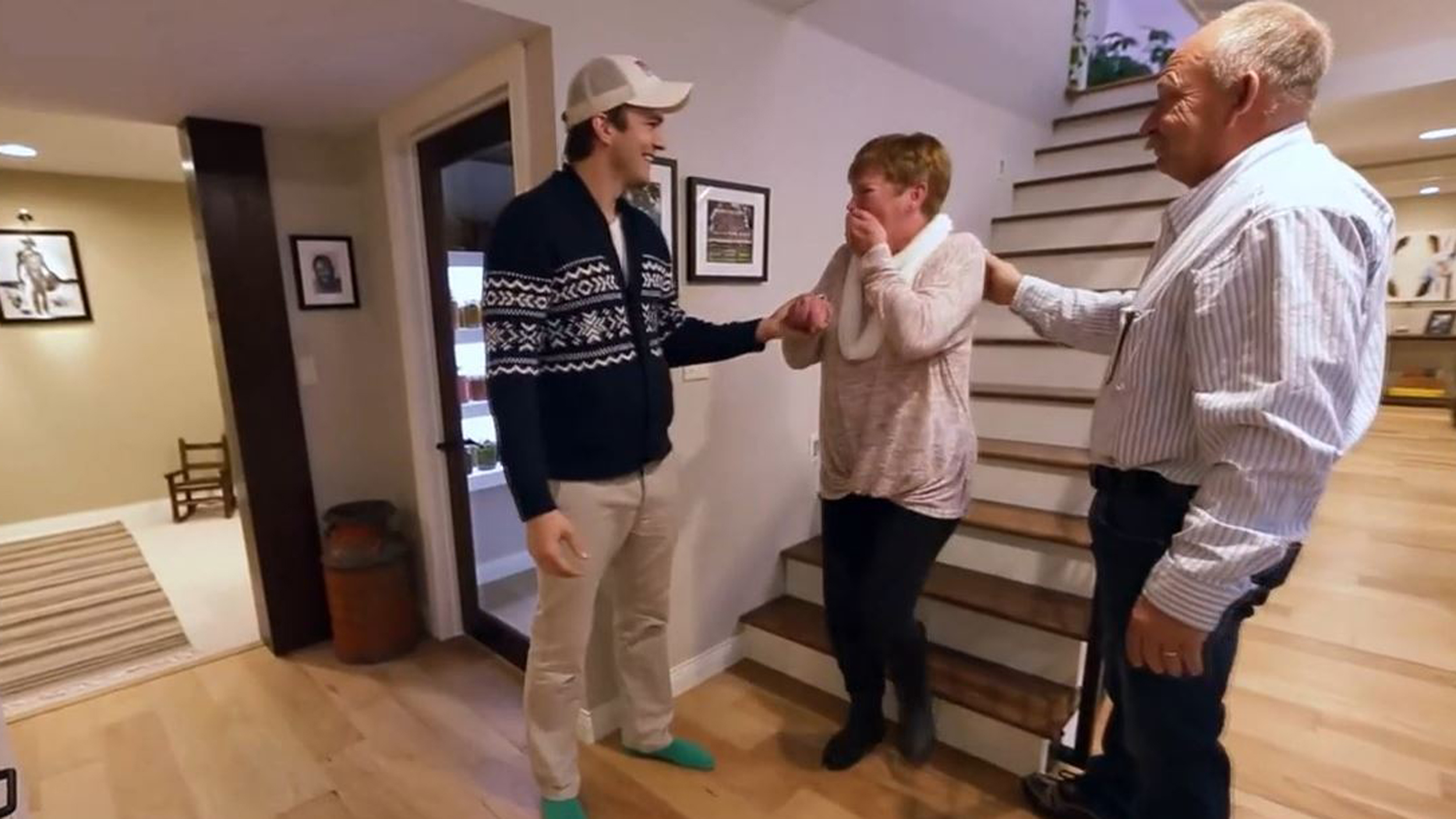 Ashton Kutcher Surprises Mom With A Home Makeover