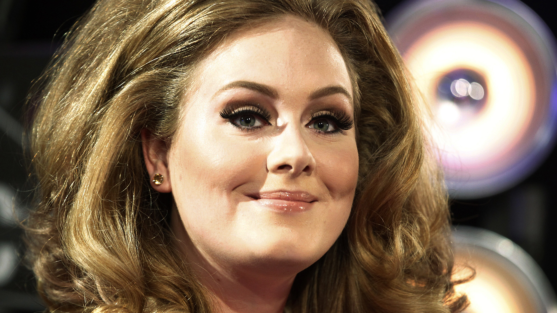 Adele To Return TODAY For A Live Performance On Nov 25