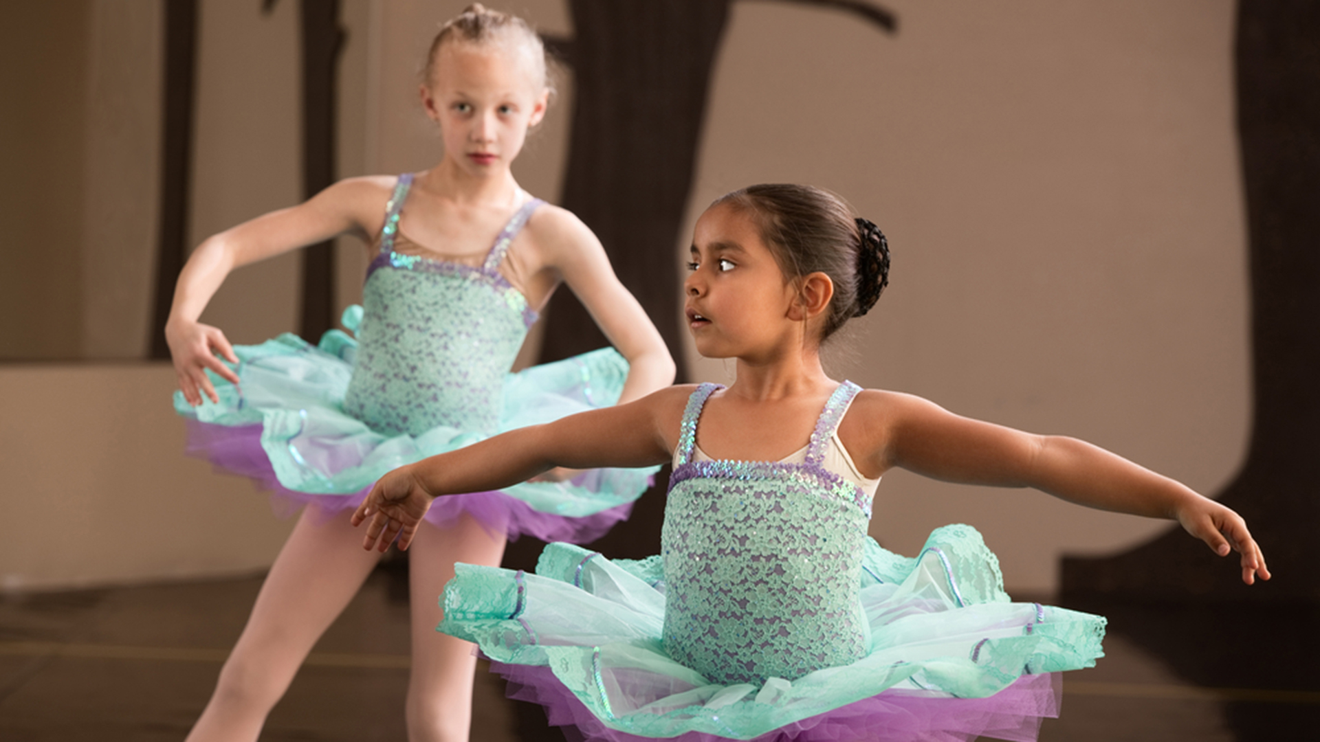 kids in dance classes may not get enough exercise  study