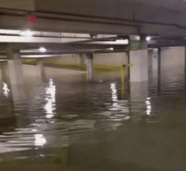 Galleria Mall Houston: US And World News