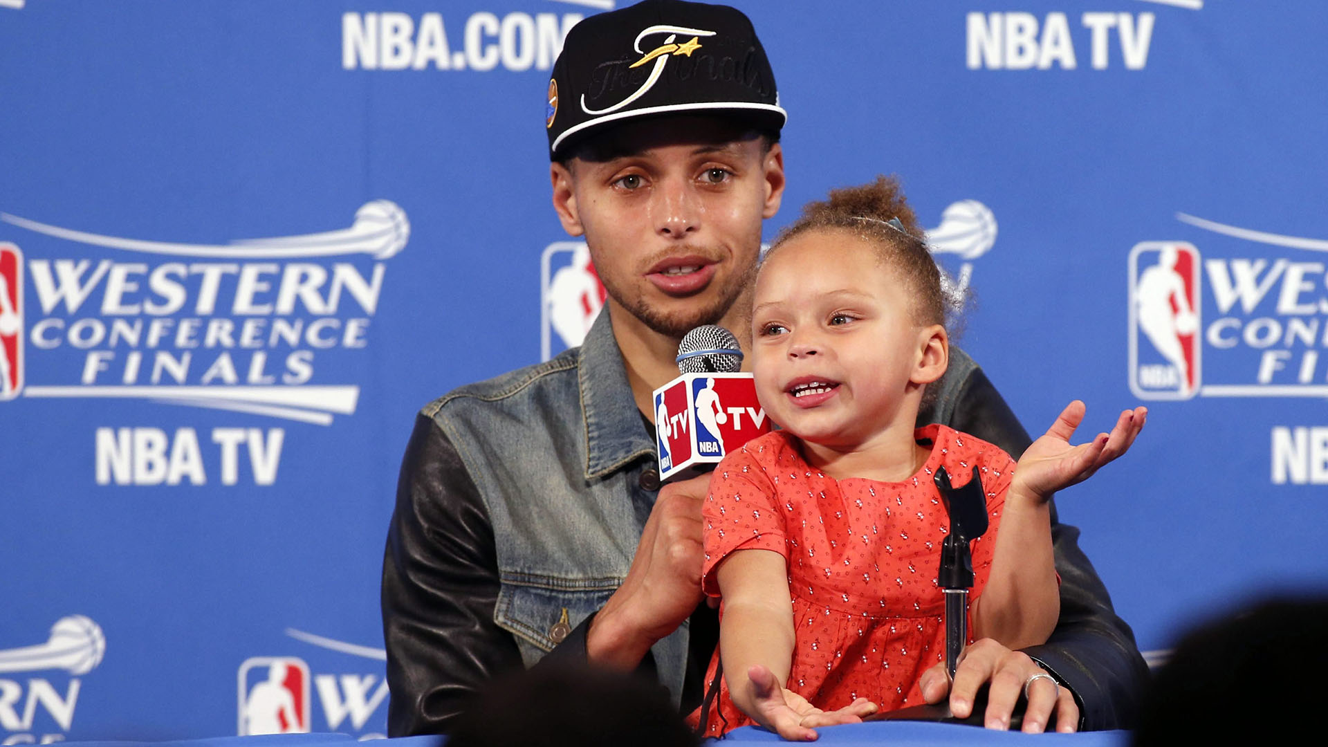 c3fd3a60abb1 Stephen Curry s daughter steals press conference spotlight — again!