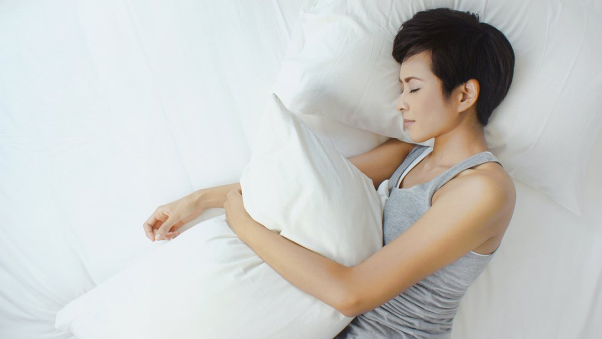 Sleep Experts Share Their Favorite Trick For A Deep Rest