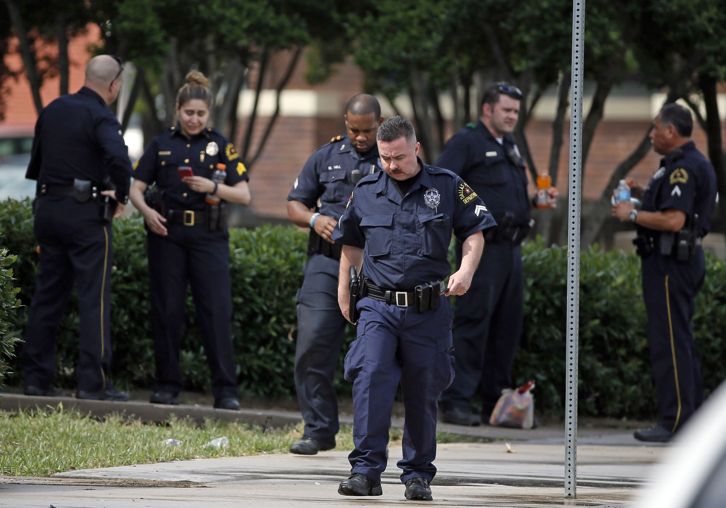 Dallas Police Attack: Suspect Killed After Being Shot by Sniper
