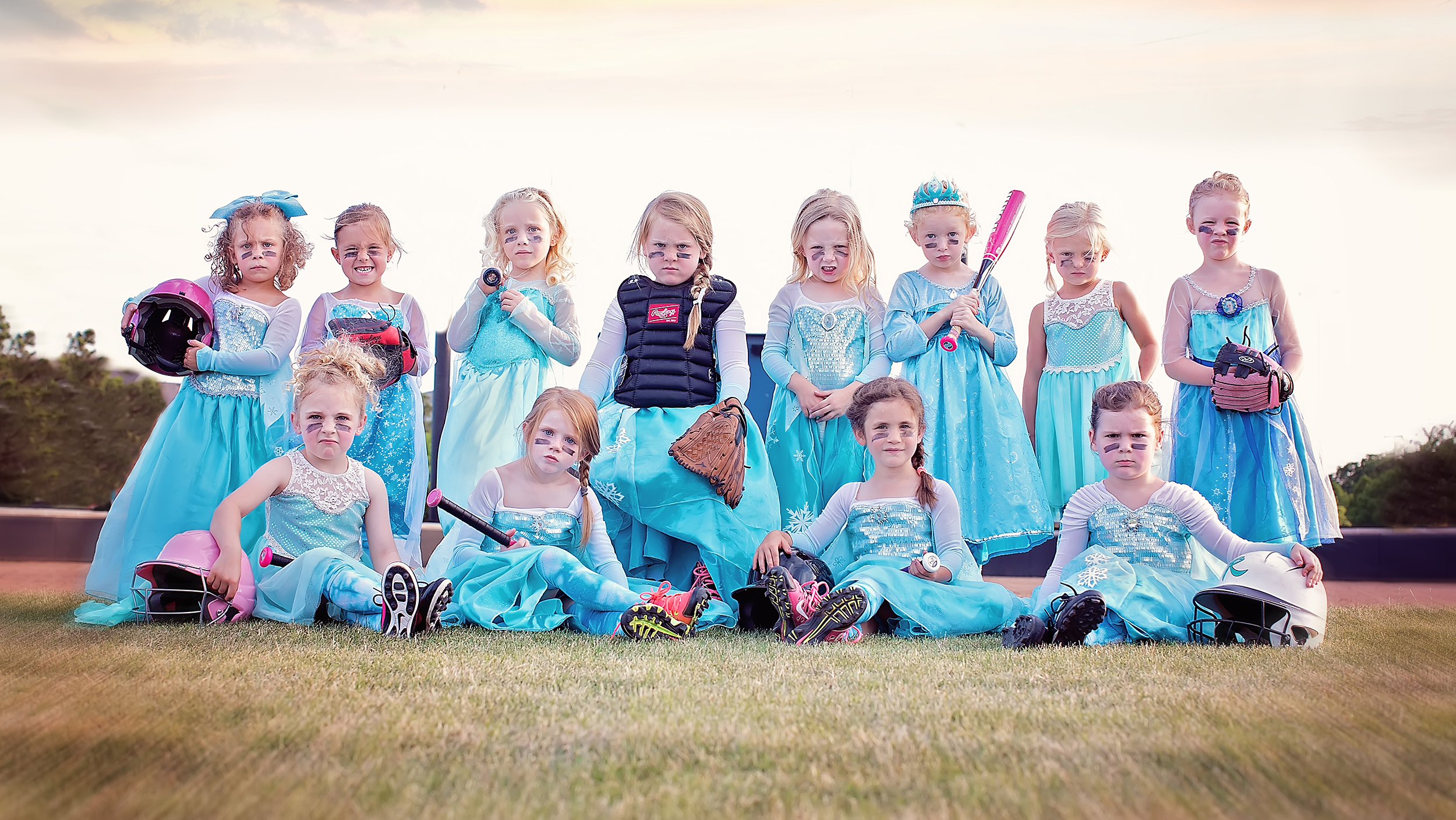 Frozen Inspired Team Picture Sends Empowering Message