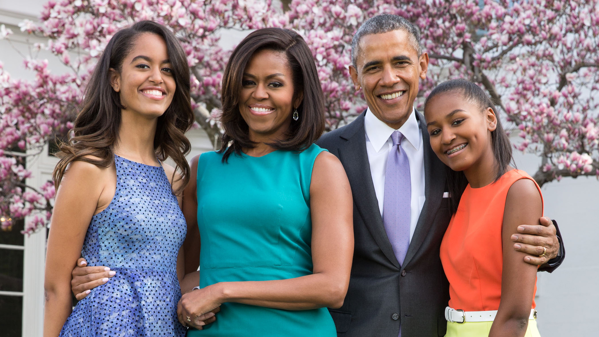 Family photo of the politician, married to Michelle Obama, famous for President of the United States of America.