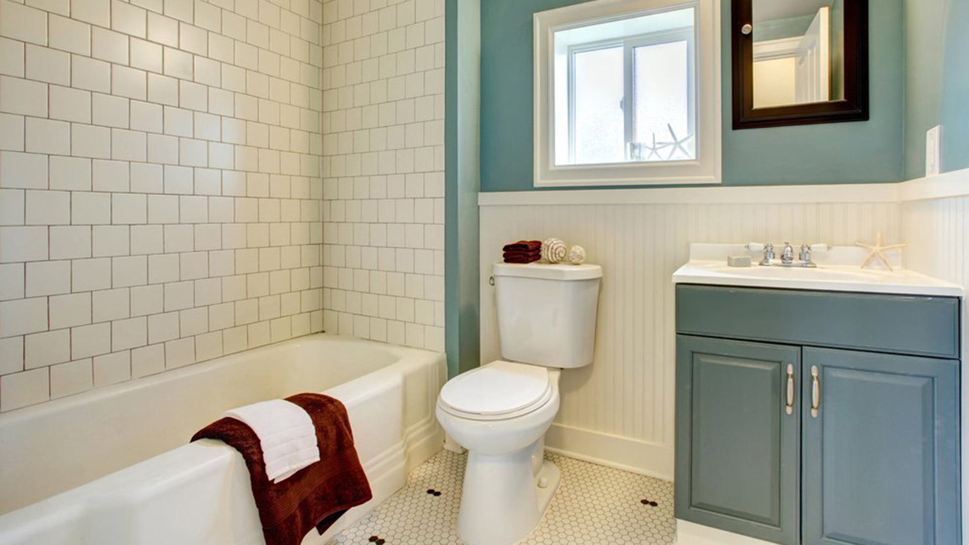 DIY ways to improve rental\'s bathroom