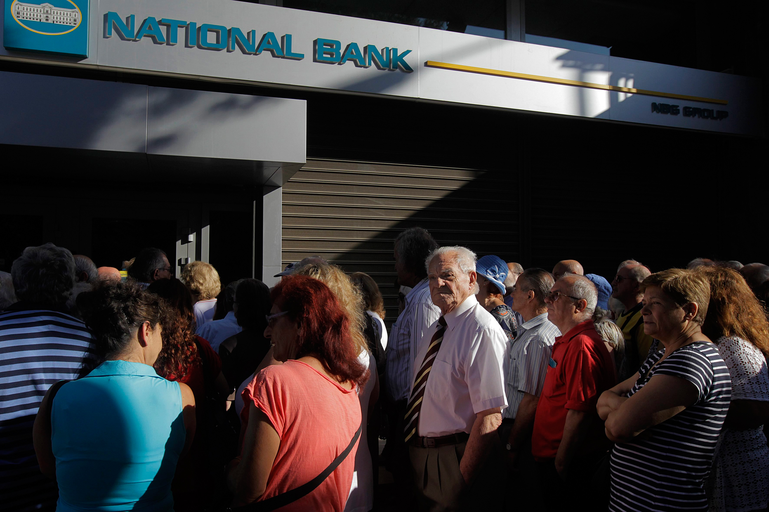 Some Greeks Use Bitcoin to Evade Currency Limits