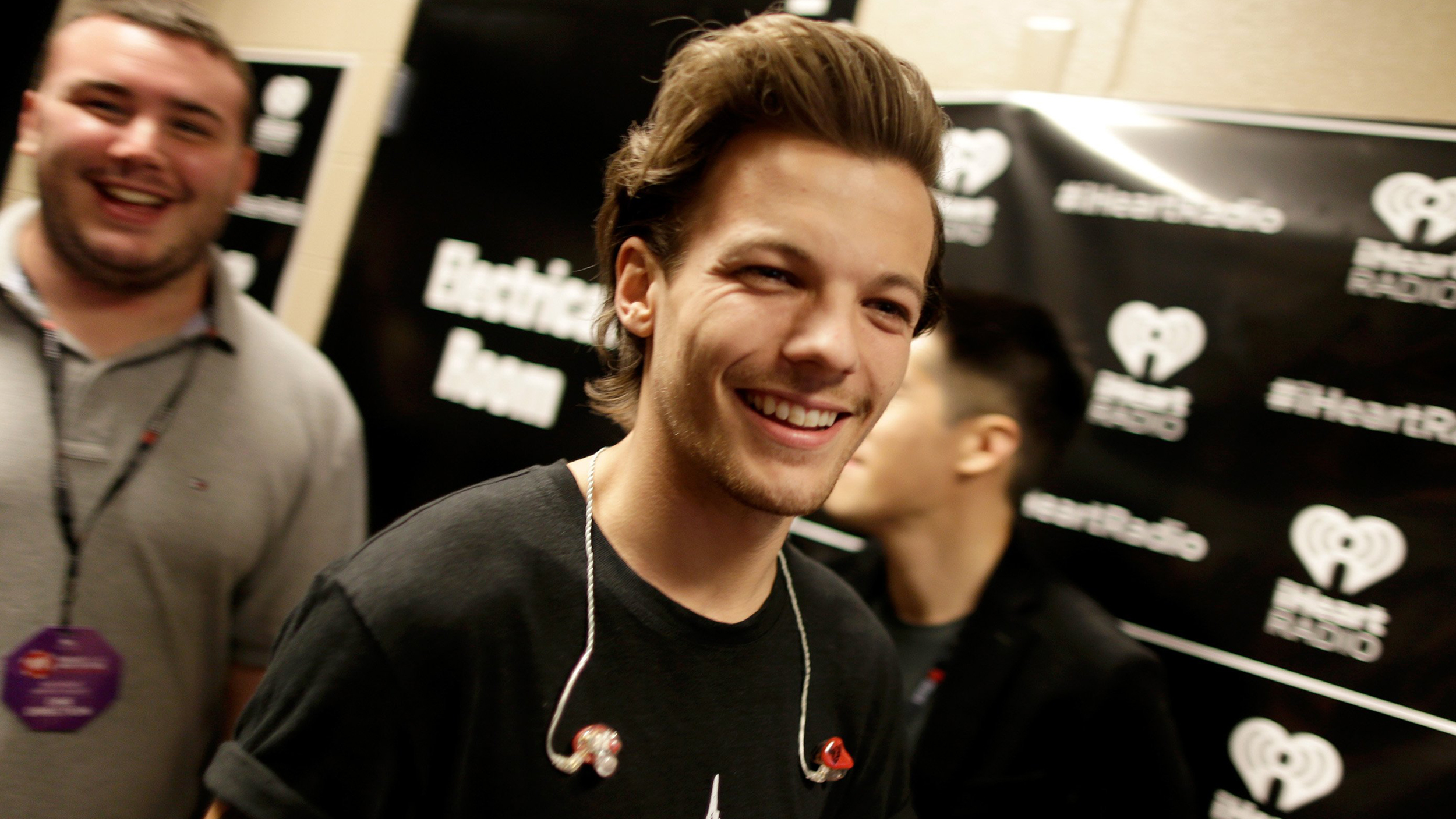 One Direction S Louis Tomlinson Welcomes Baby Boy With Briana