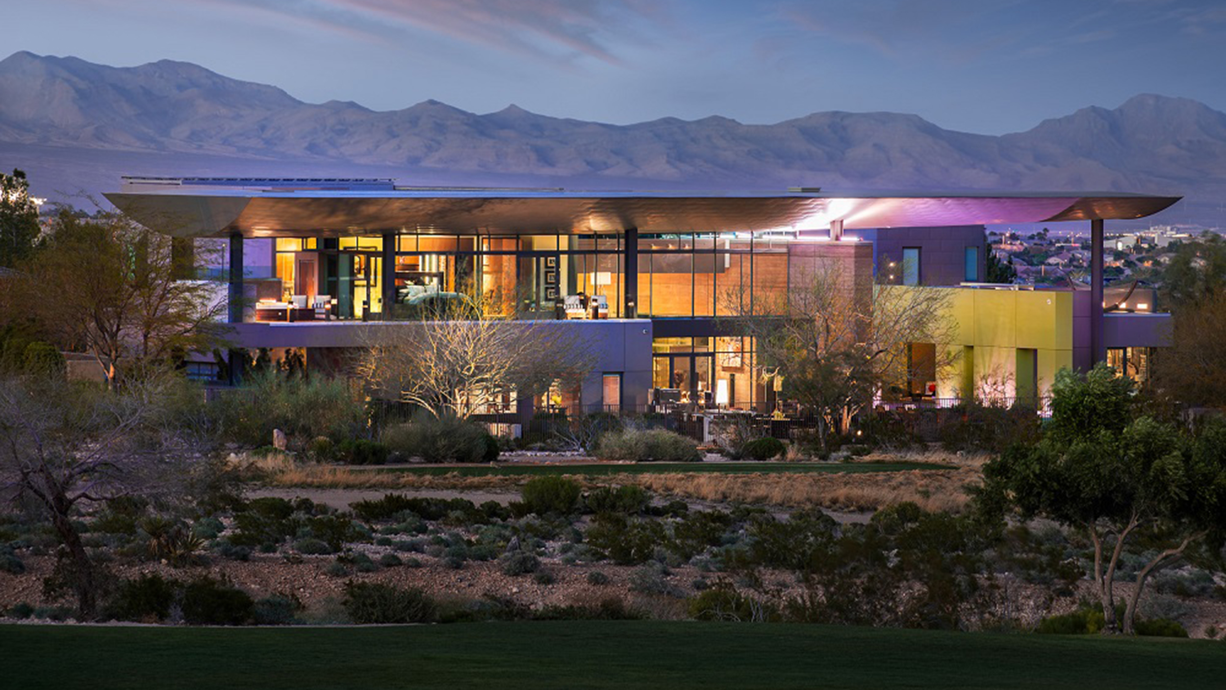 Look inside this recently listed modern las vegas mansion - Maison las vegas ...