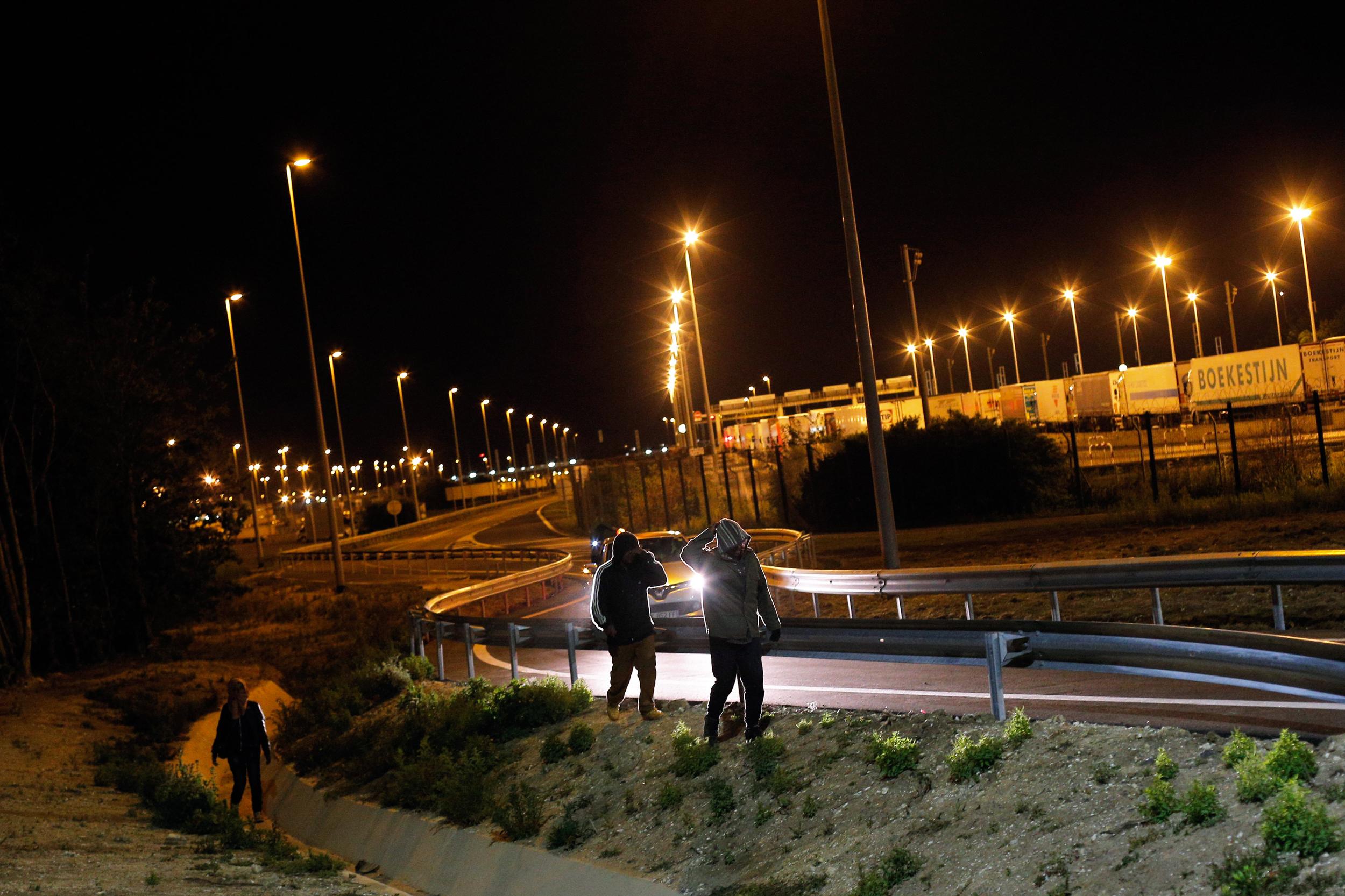 Migrants Attempt Journey Through Eurotunnel