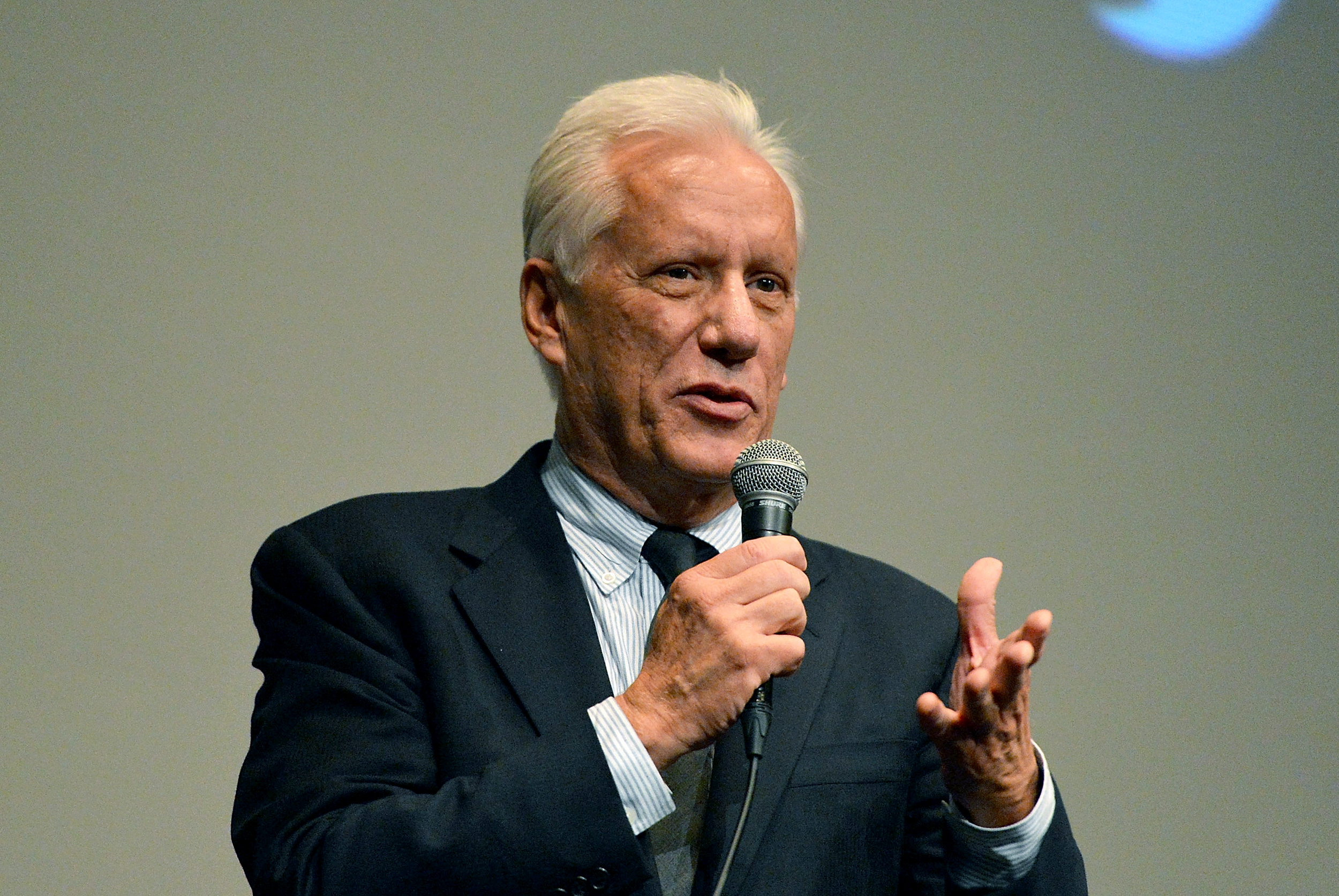 James Woods Sues Anonymous Twitter User for $10M, Alleging ...