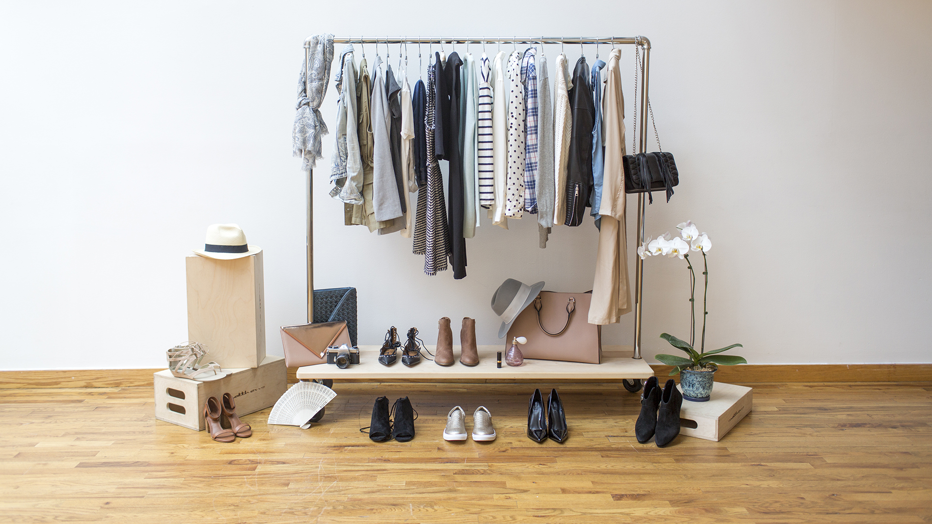 Capsule wardrobe: How to declutter your life and closet ...