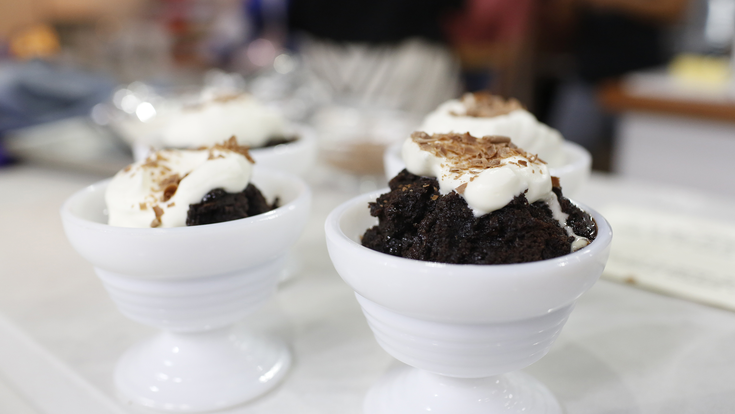 Try these 2 incredibly easy slow-cooker dump dessert recipes ...