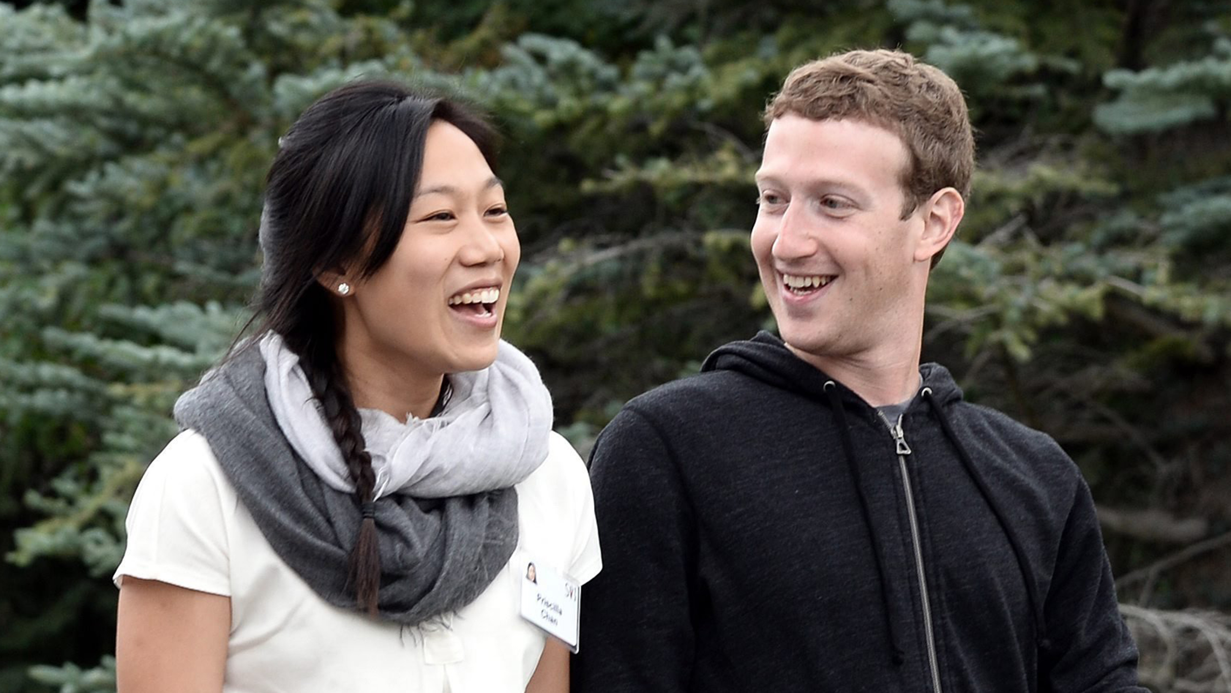 Mark Zuckerberg And Priscilla Chan Are Expecting A Baby