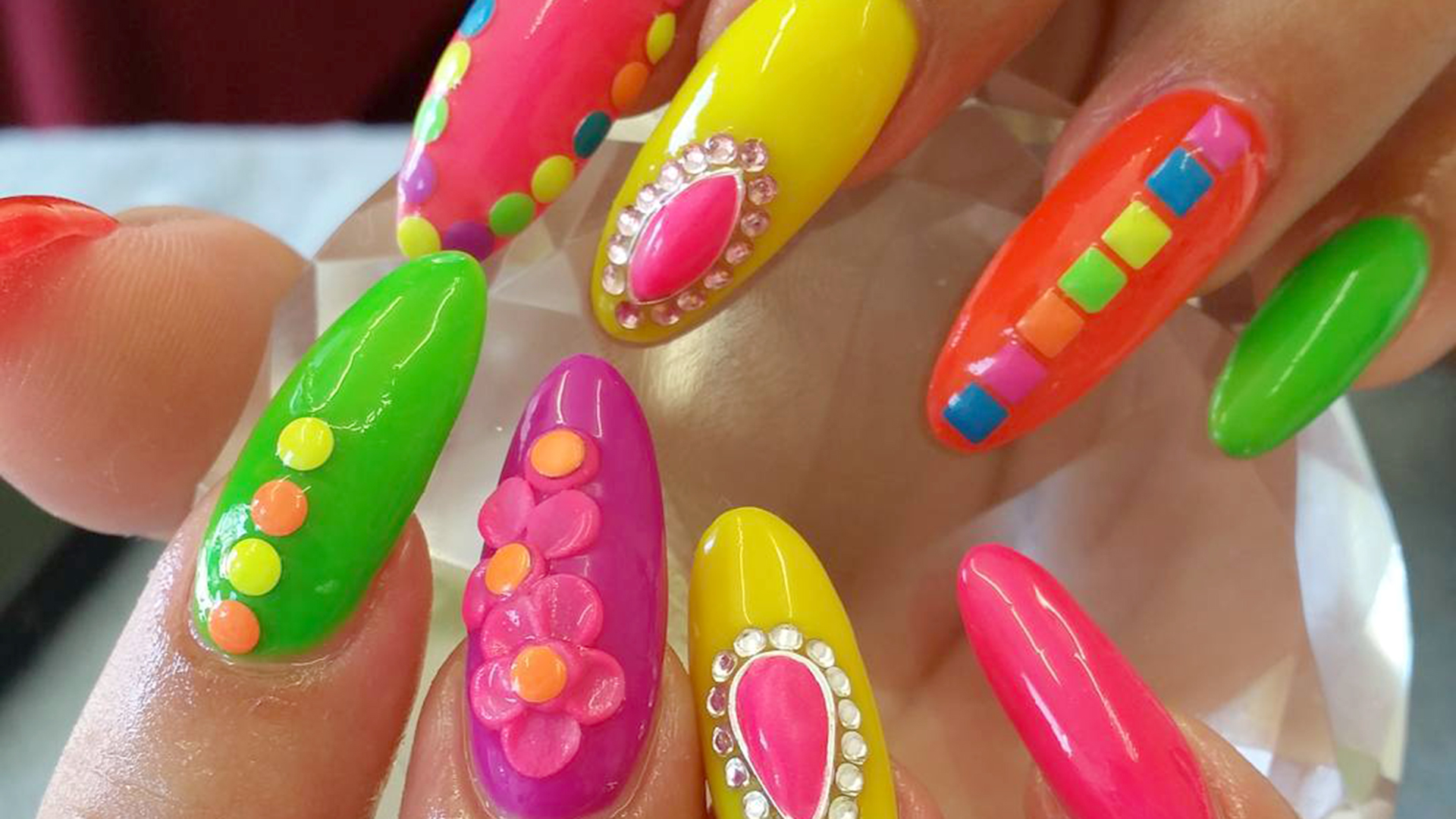Beyond bubble nails, 5 crazy manicure trends happening now