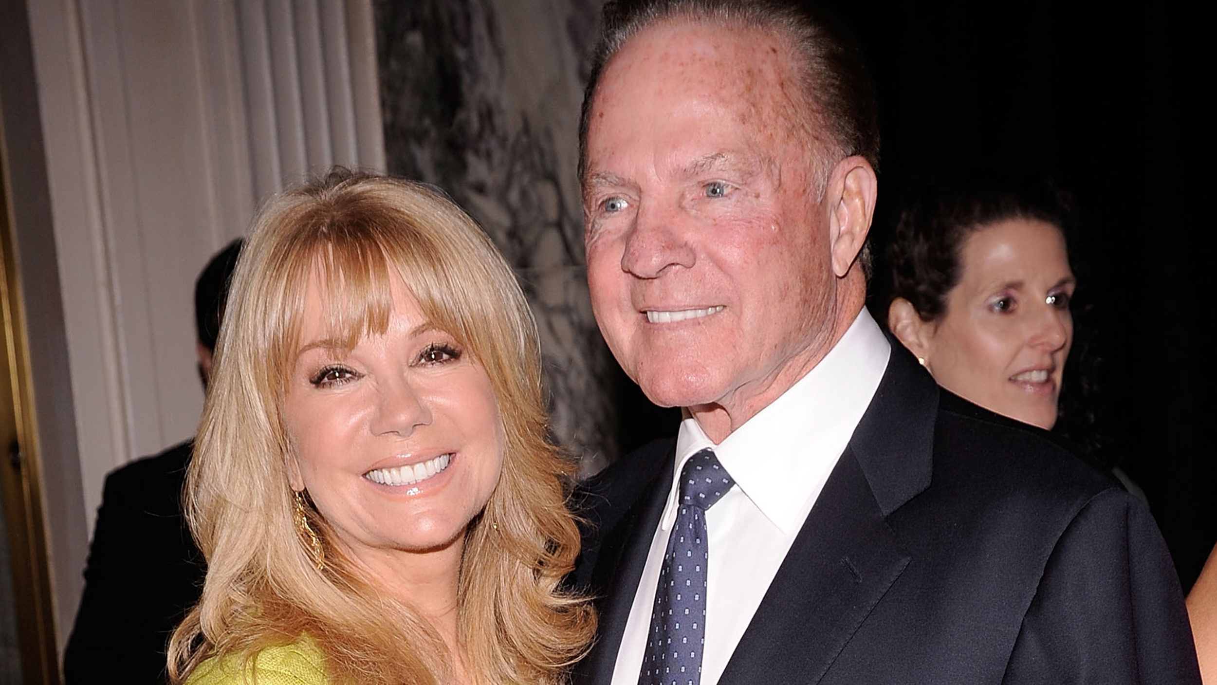 How Frank Gifford proposed Kathie Lee recalls moment in ring size