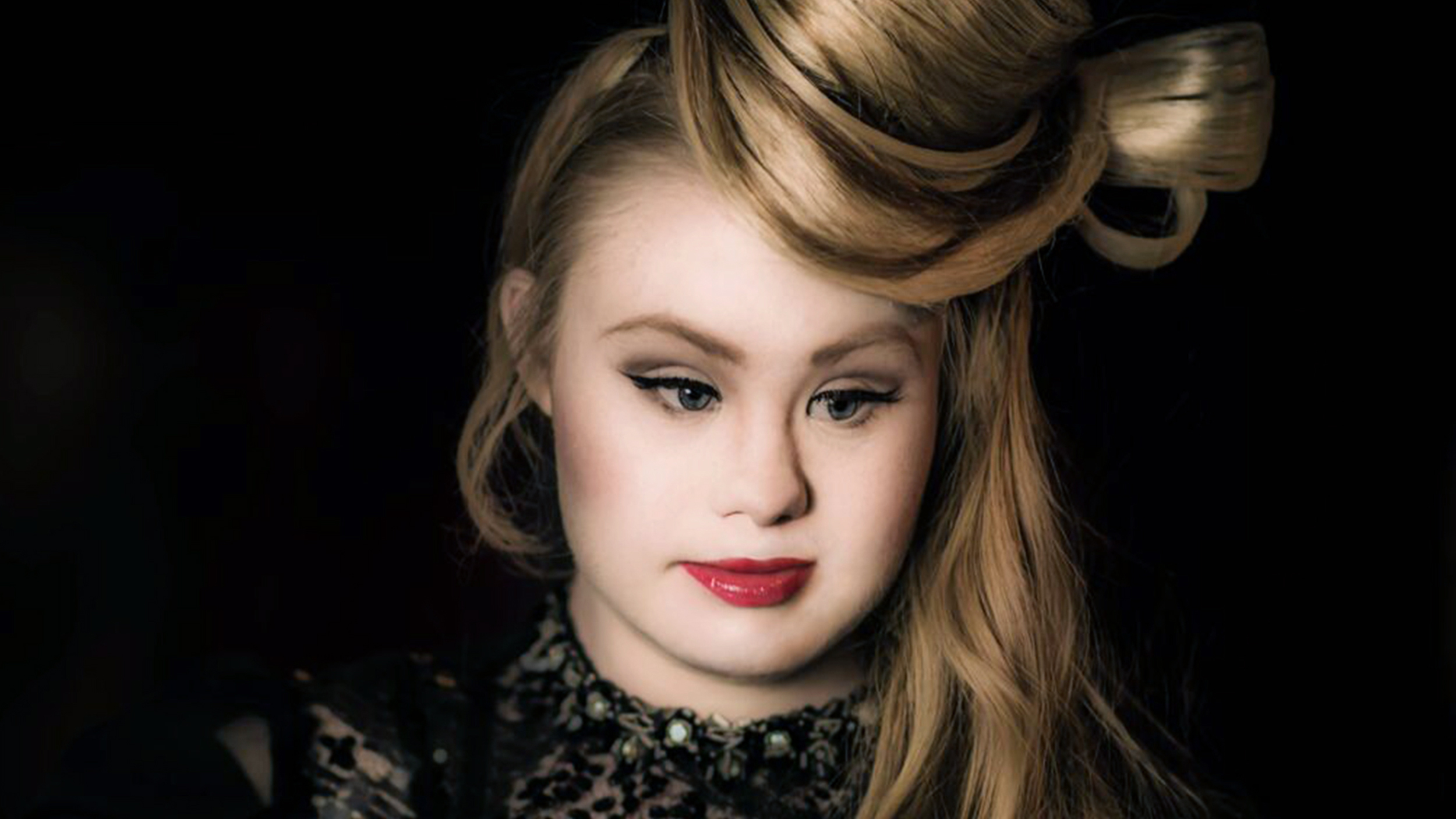 Madeline Stuart, model with Down syndrome, will walk at ...