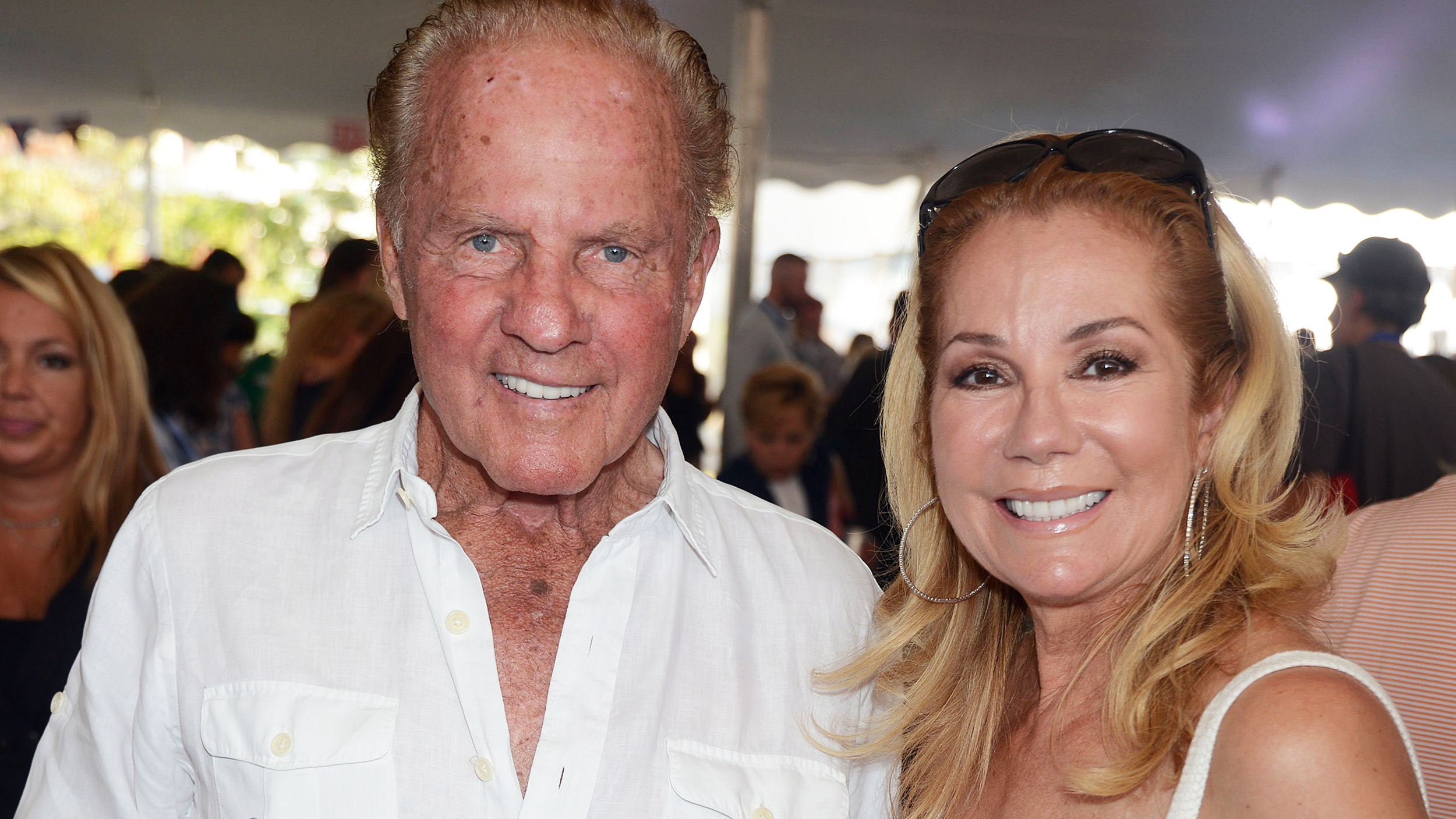 Is frank gifford still alive