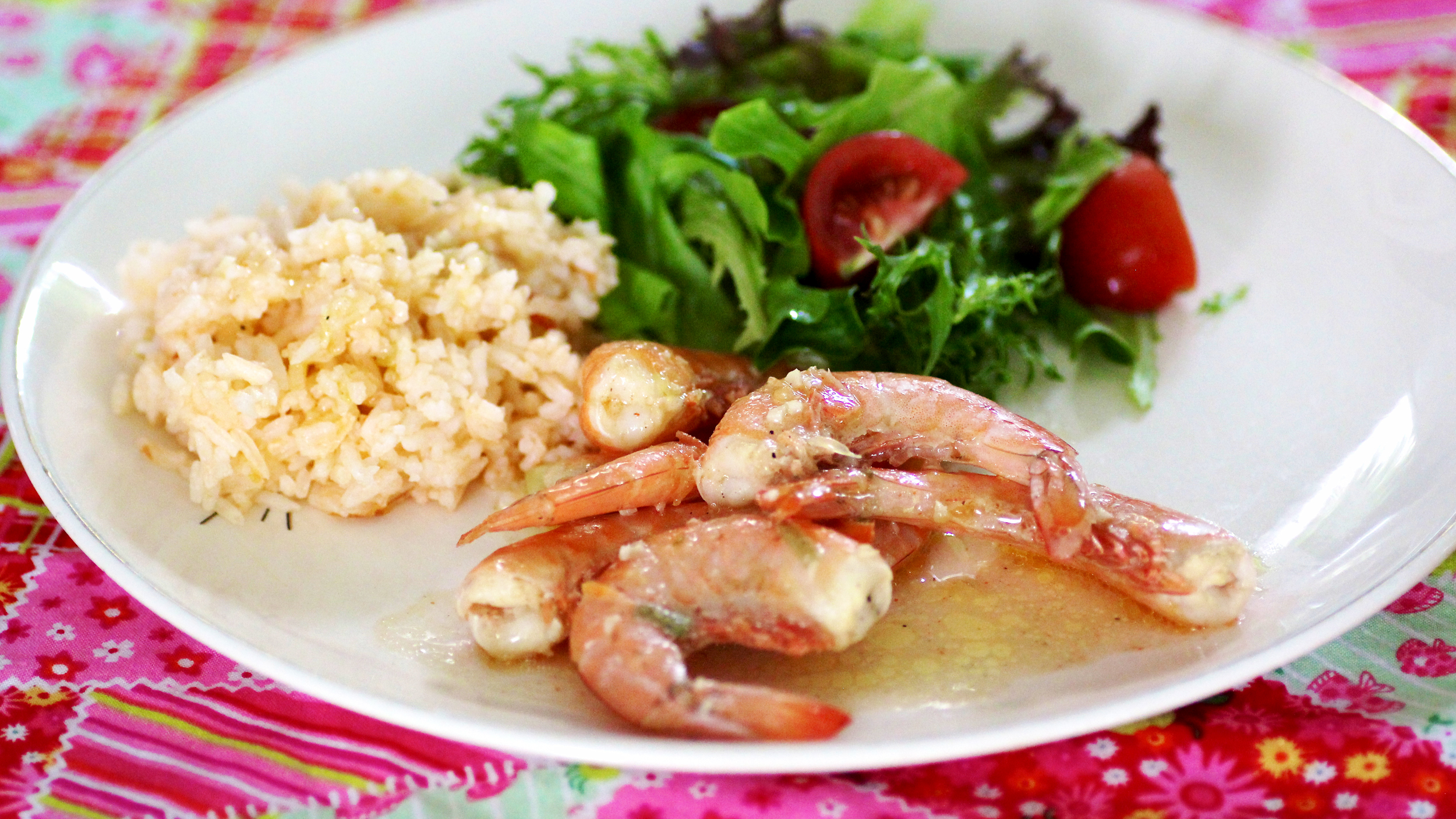 Why you should cook shrimp with the shells on and a fingerlickin why you should cook shrimp with the shells on and a fingerlickin good recipe today forumfinder Gallery