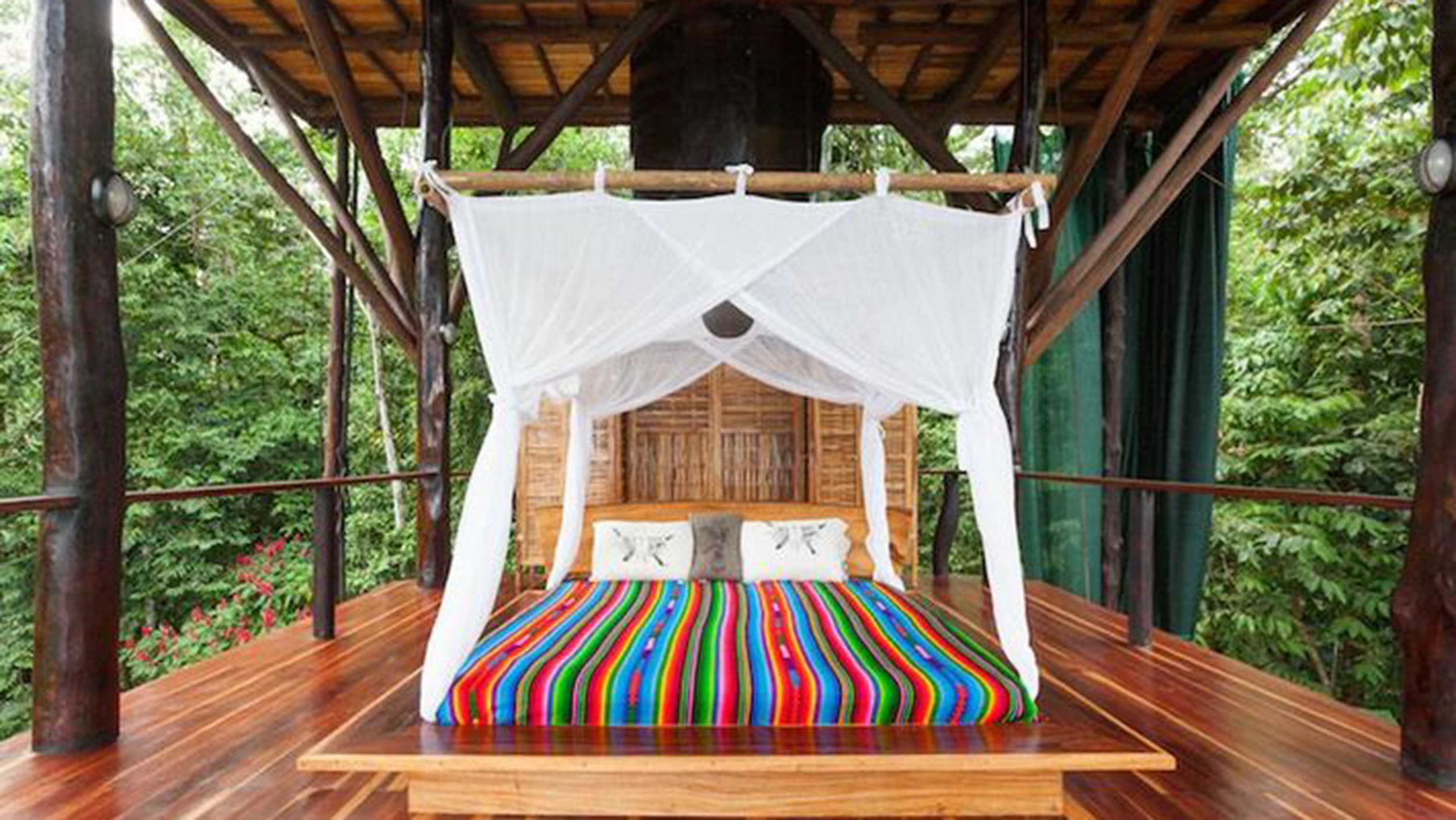 See Inside S Gorgeous 3 Story Treehouse In The Jungle Of Costa Rica