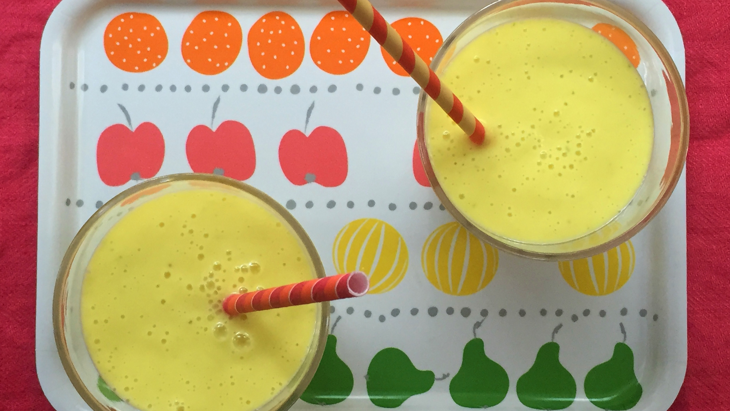 This fast mango coconut smoothie might give you better skin today forumfinder Choice Image