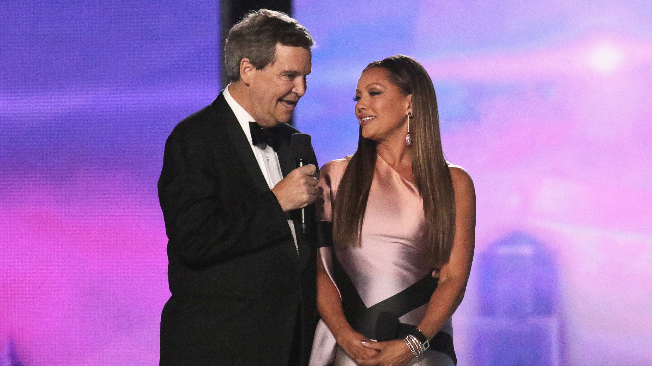 Miss America CEO Sam Haskell Apologizes To Vanessa