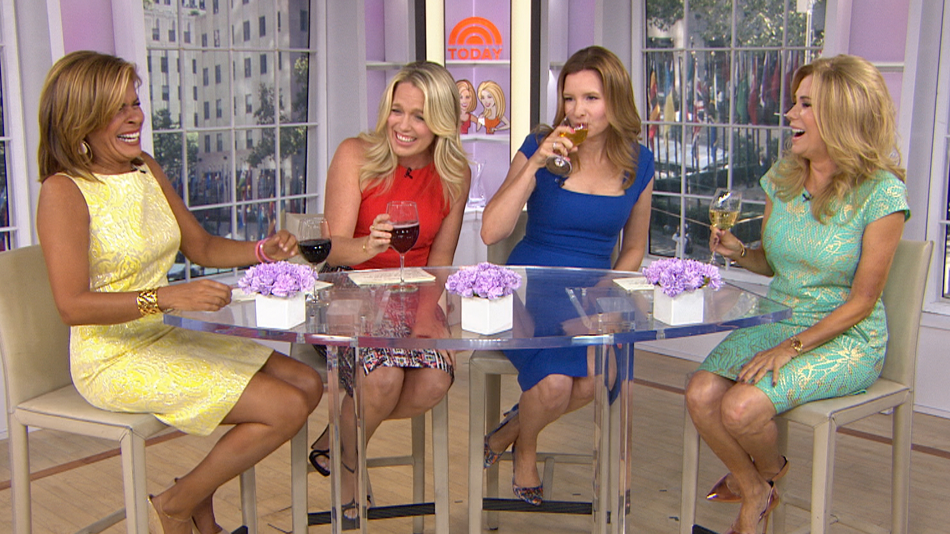 Playing house stars guest host with hoda and kathie lee - Nbc today show kathie lee and hoda ...