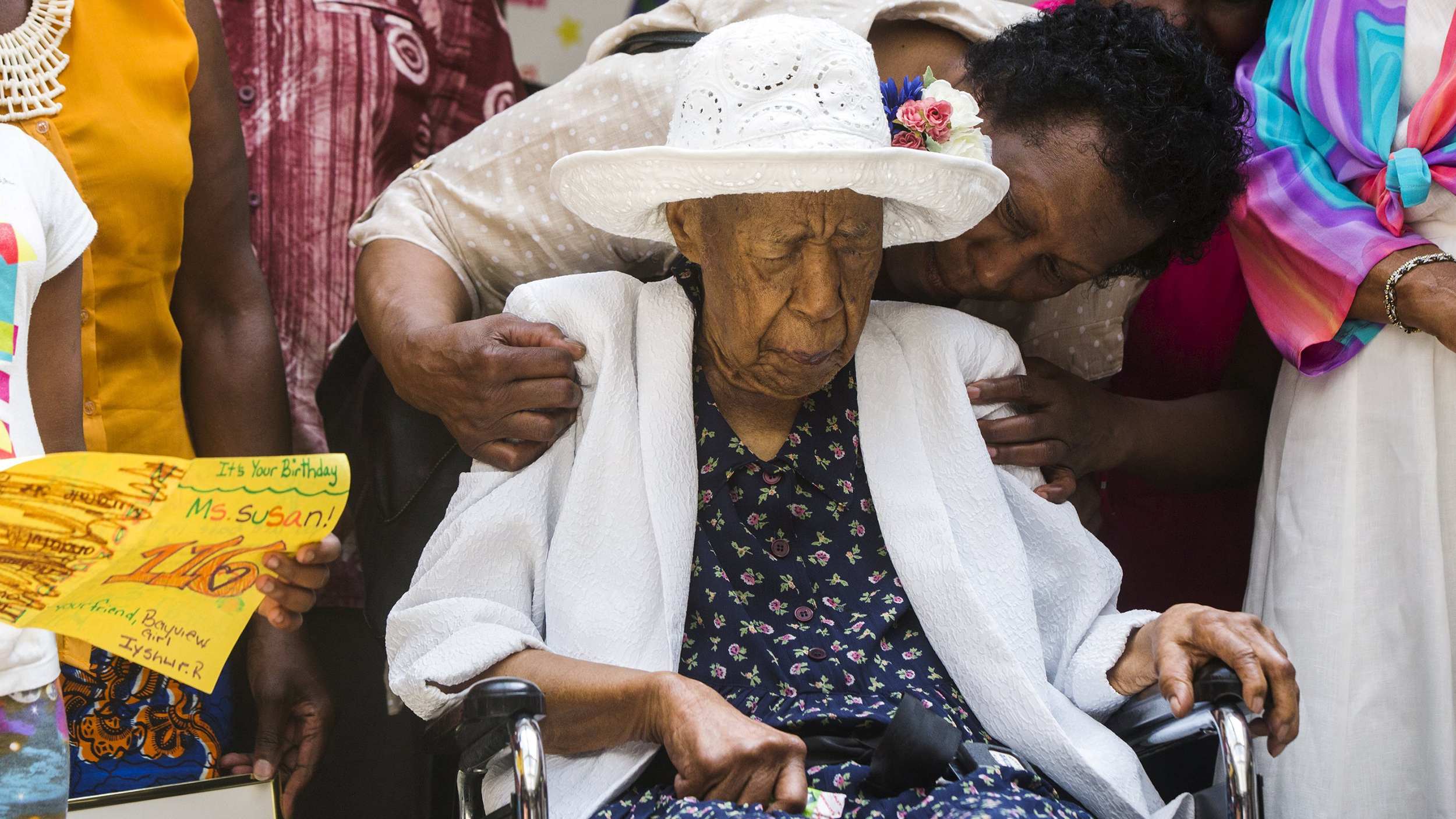 Oldest living woman bacon inline 3 151008 a3ed7c5ac7b19f929de43c203b30ca5b