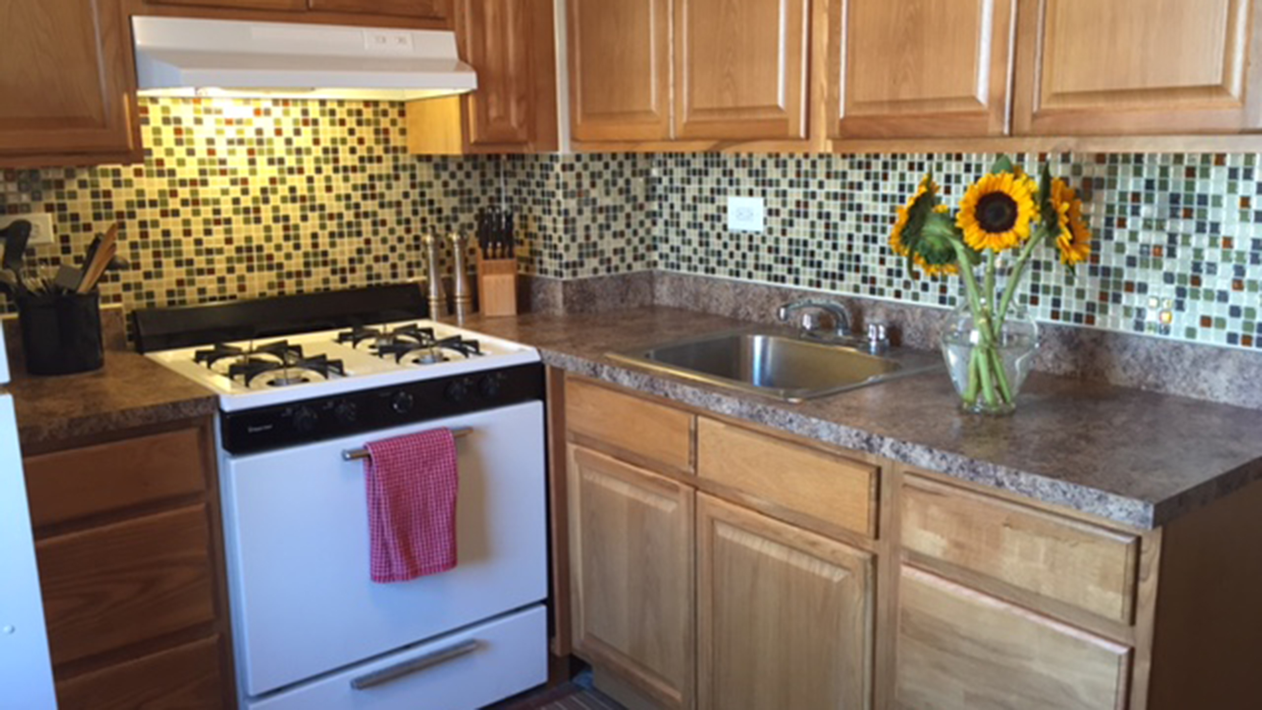 Kitchen backsplash mosaic tile