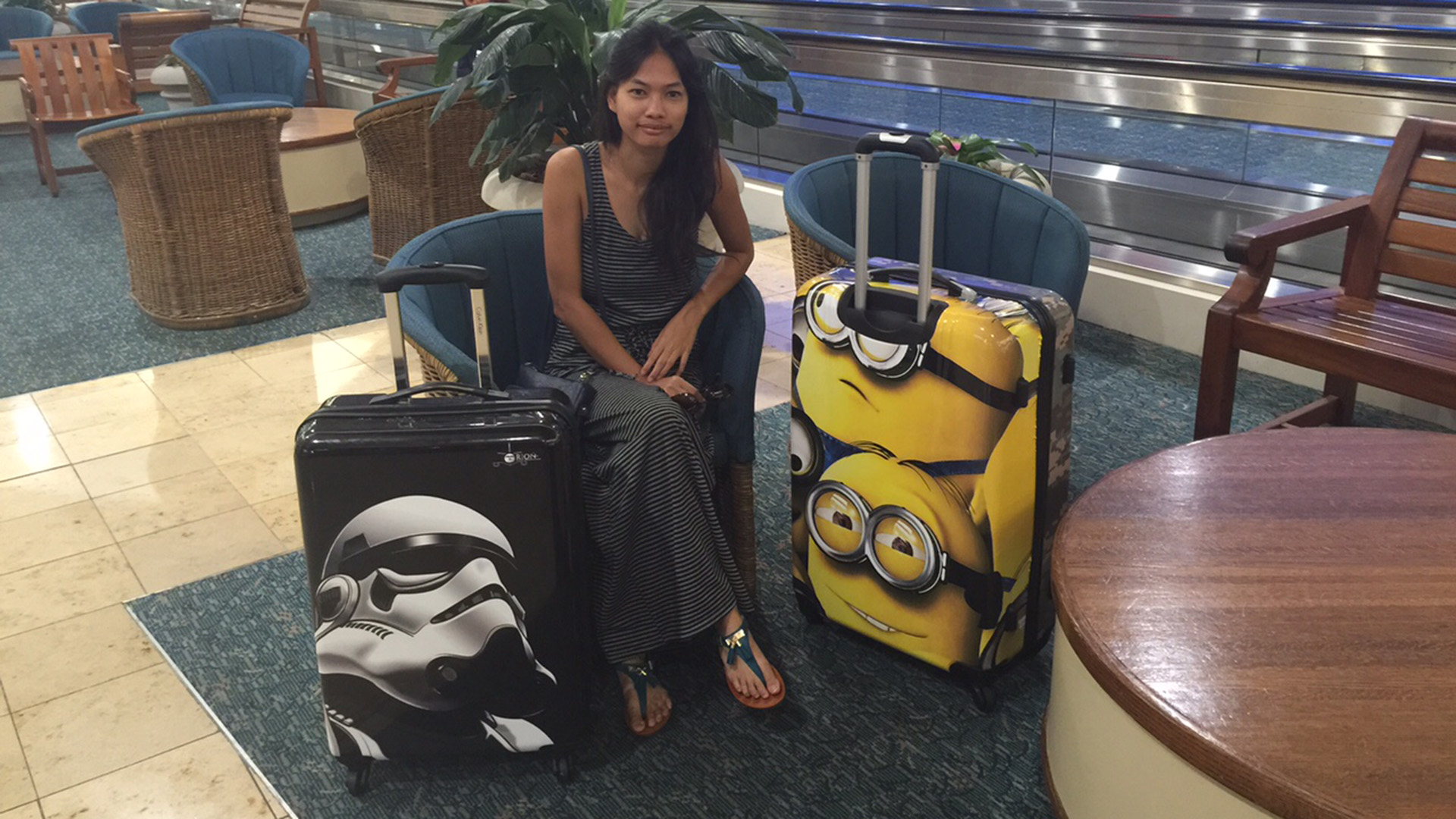 How to avoid airline baggage fees: Company will turn your bags ...