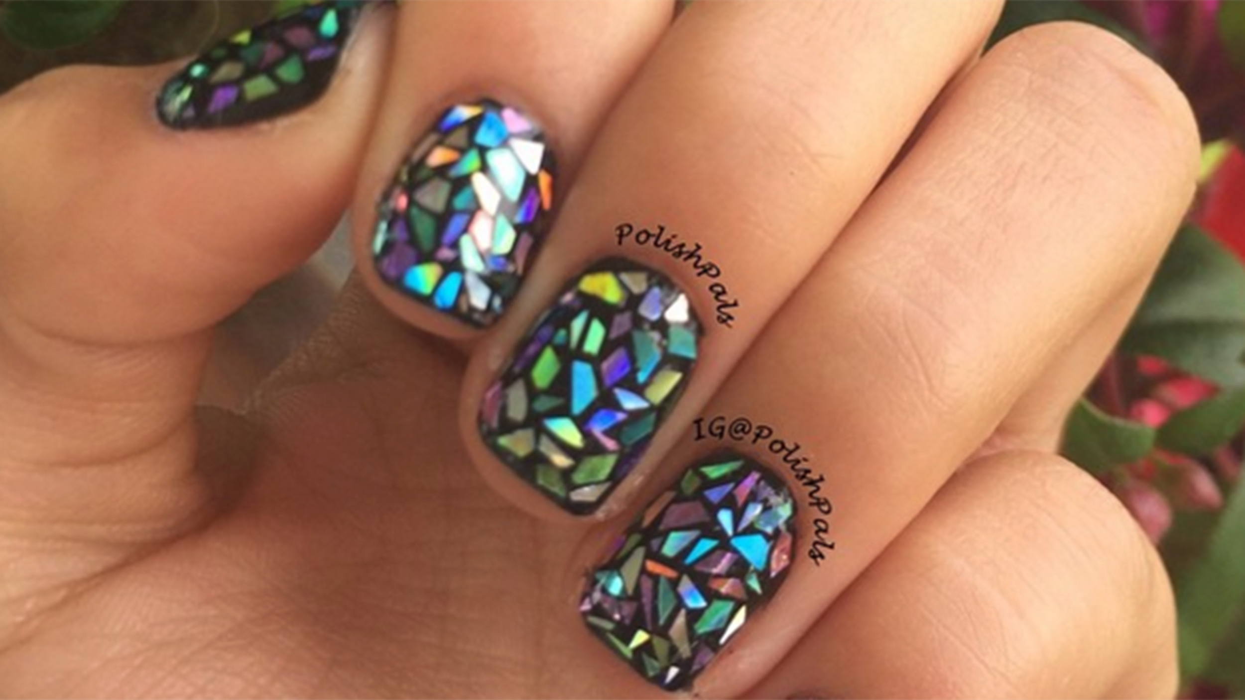 Shattered glass nail art is the hottest trend on the ...