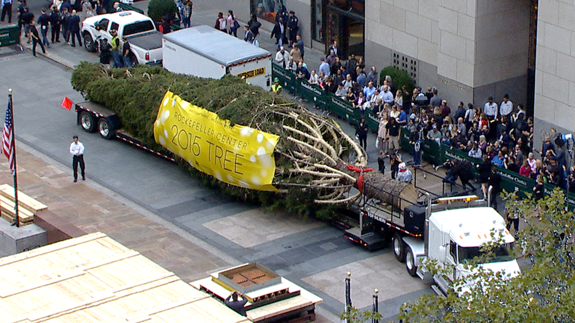 Rockefeller Center Christmas Tree Arrives On The Plaza