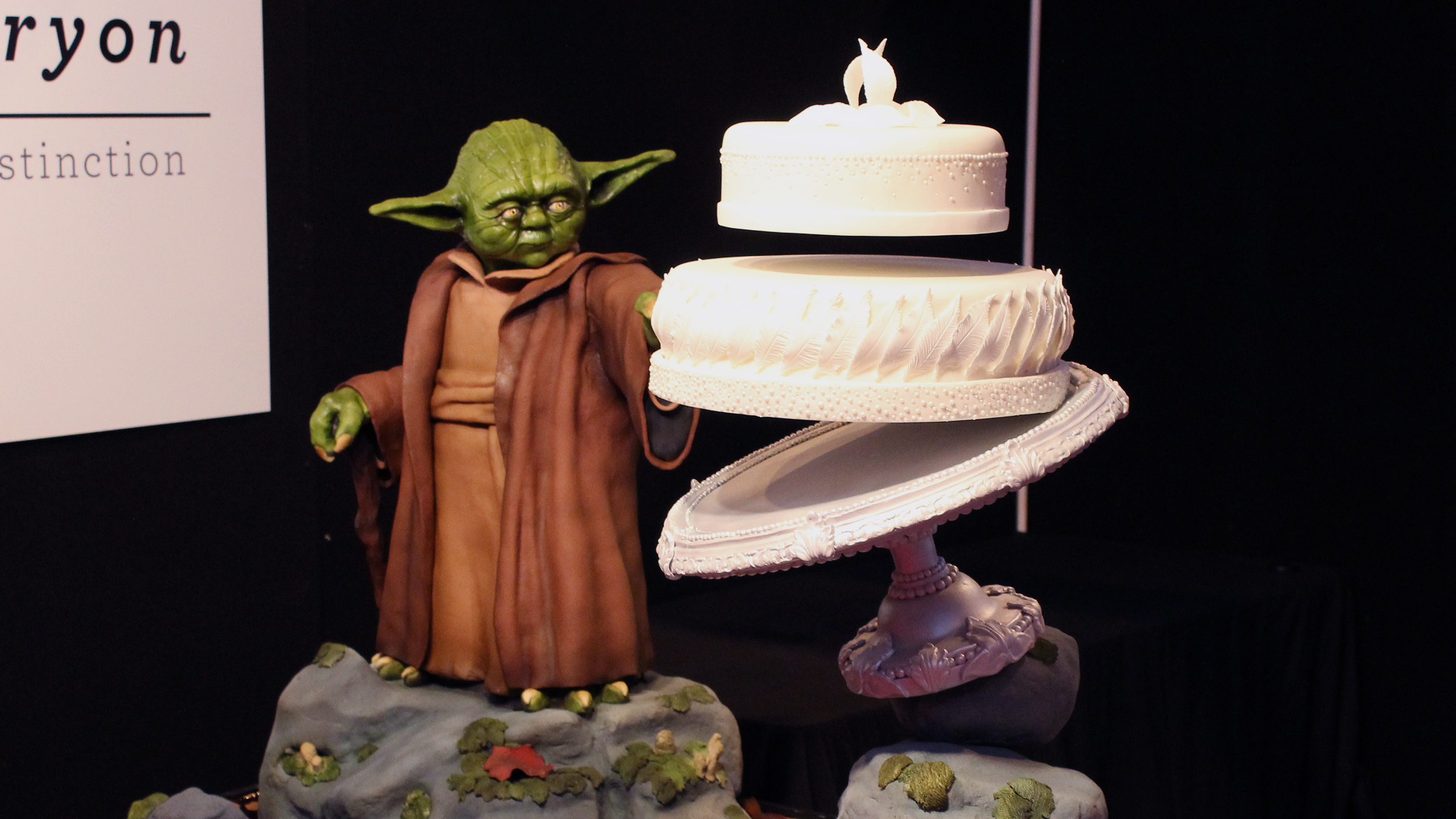 half and wedding cake star wars how does this cake levitate baker credits yoda with 15044