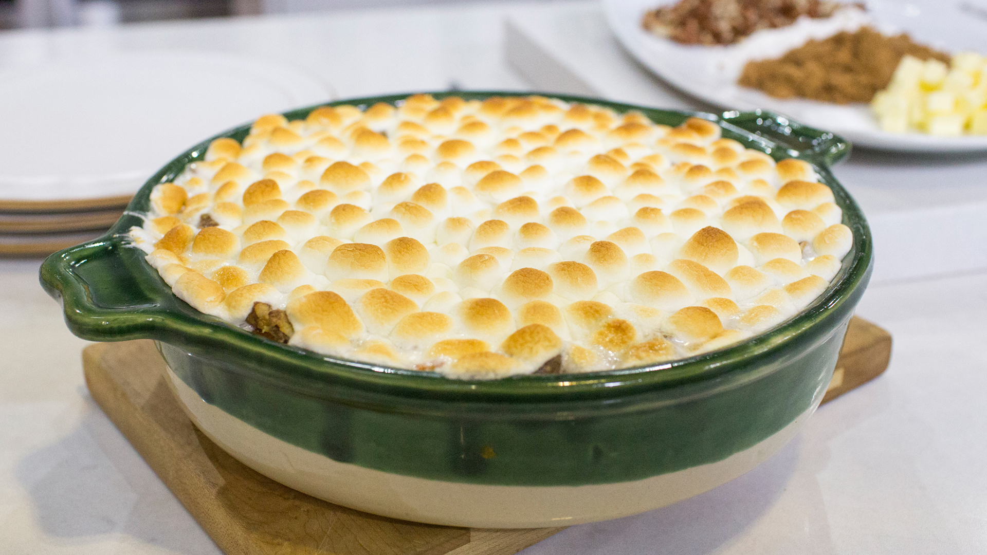 Katie Lee S Sweet Potato Casserole With Mini Marshmallows Today Com